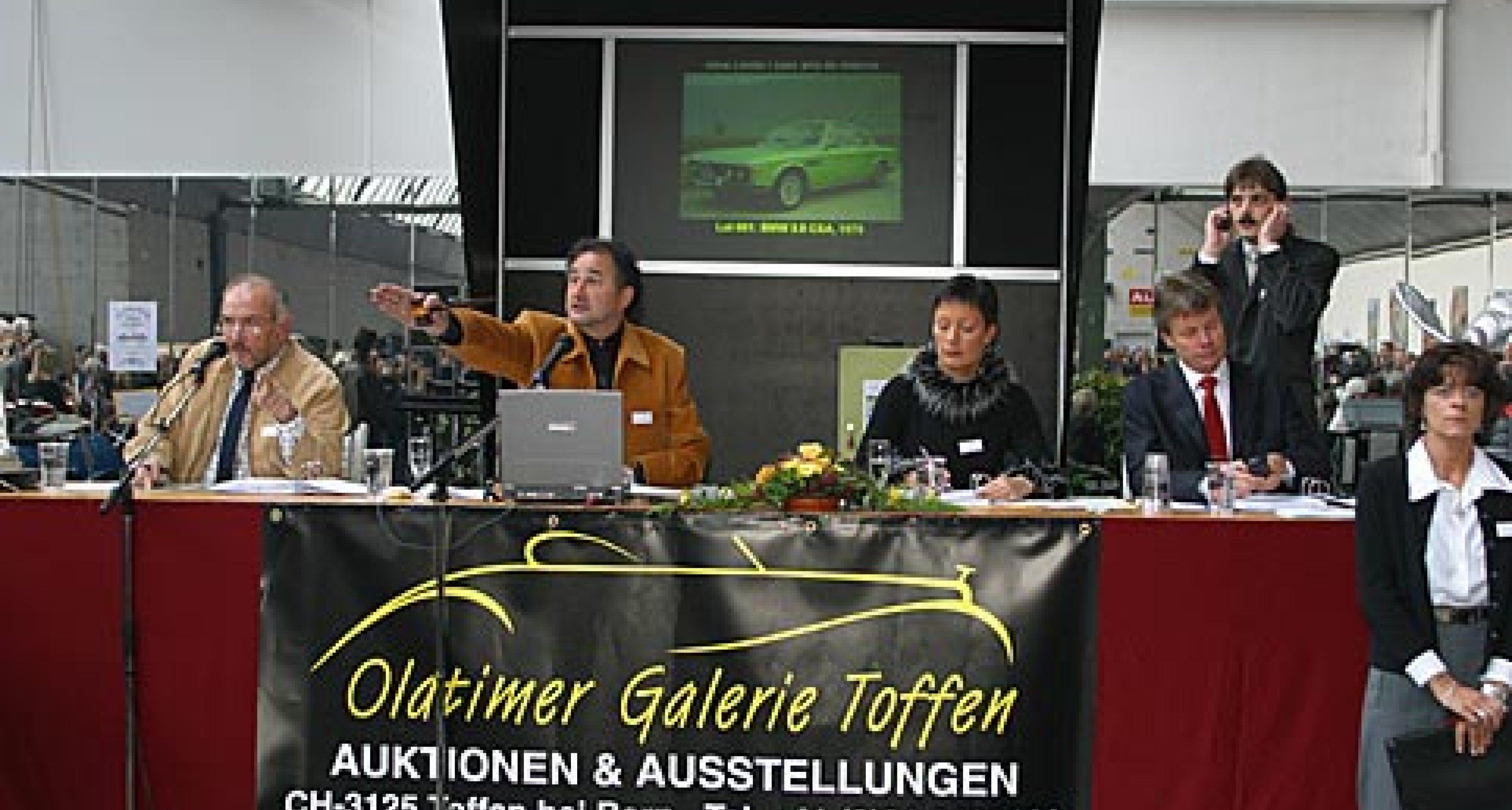 100 Klassische Automobile bei der Oldtimer Galerie Toffen, Schweiz 2003 - Rückblick
