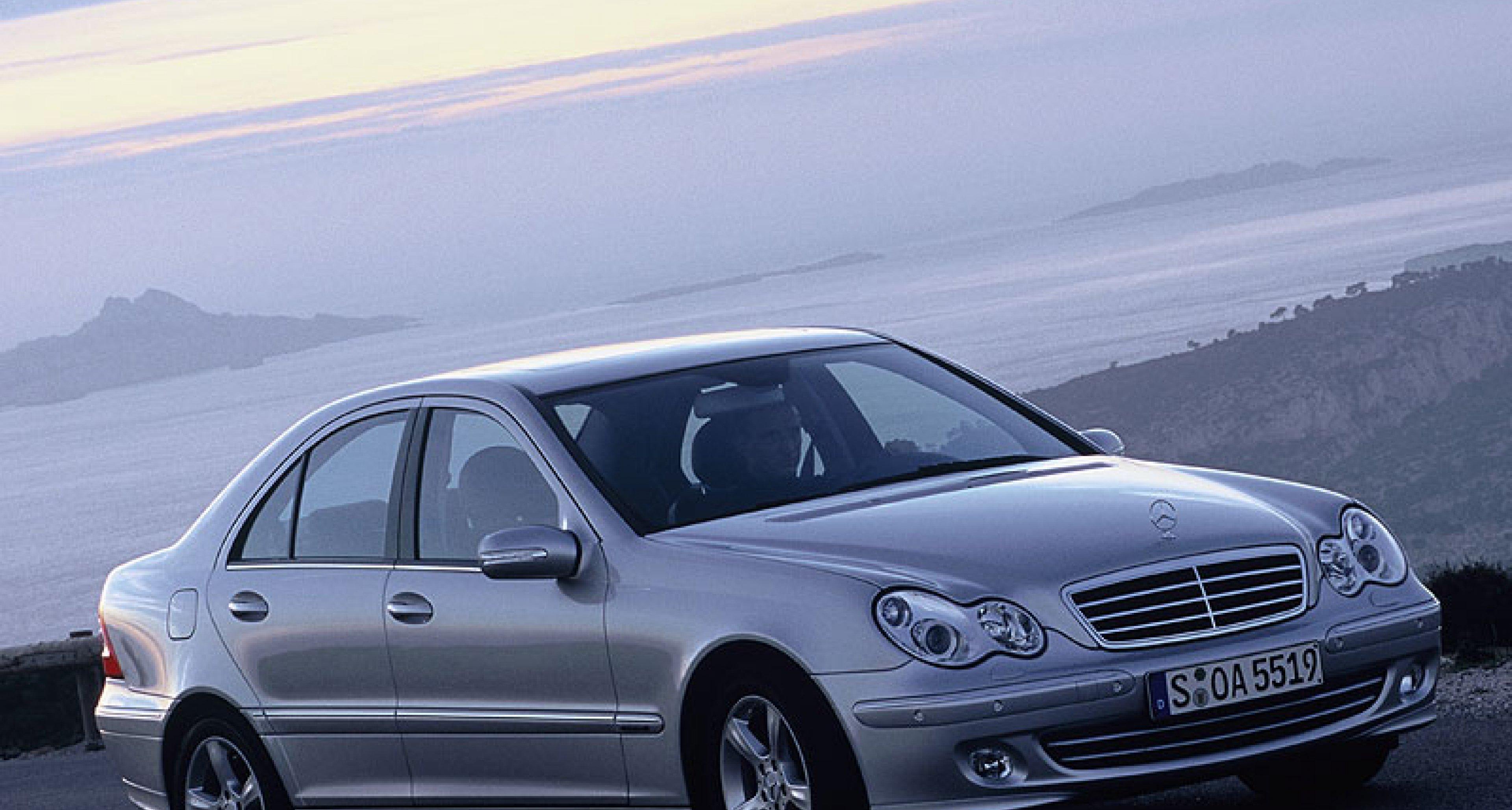 Mercedes-Benz C-Klasse: Die neue Generation kommt ab Frühjahr 2004