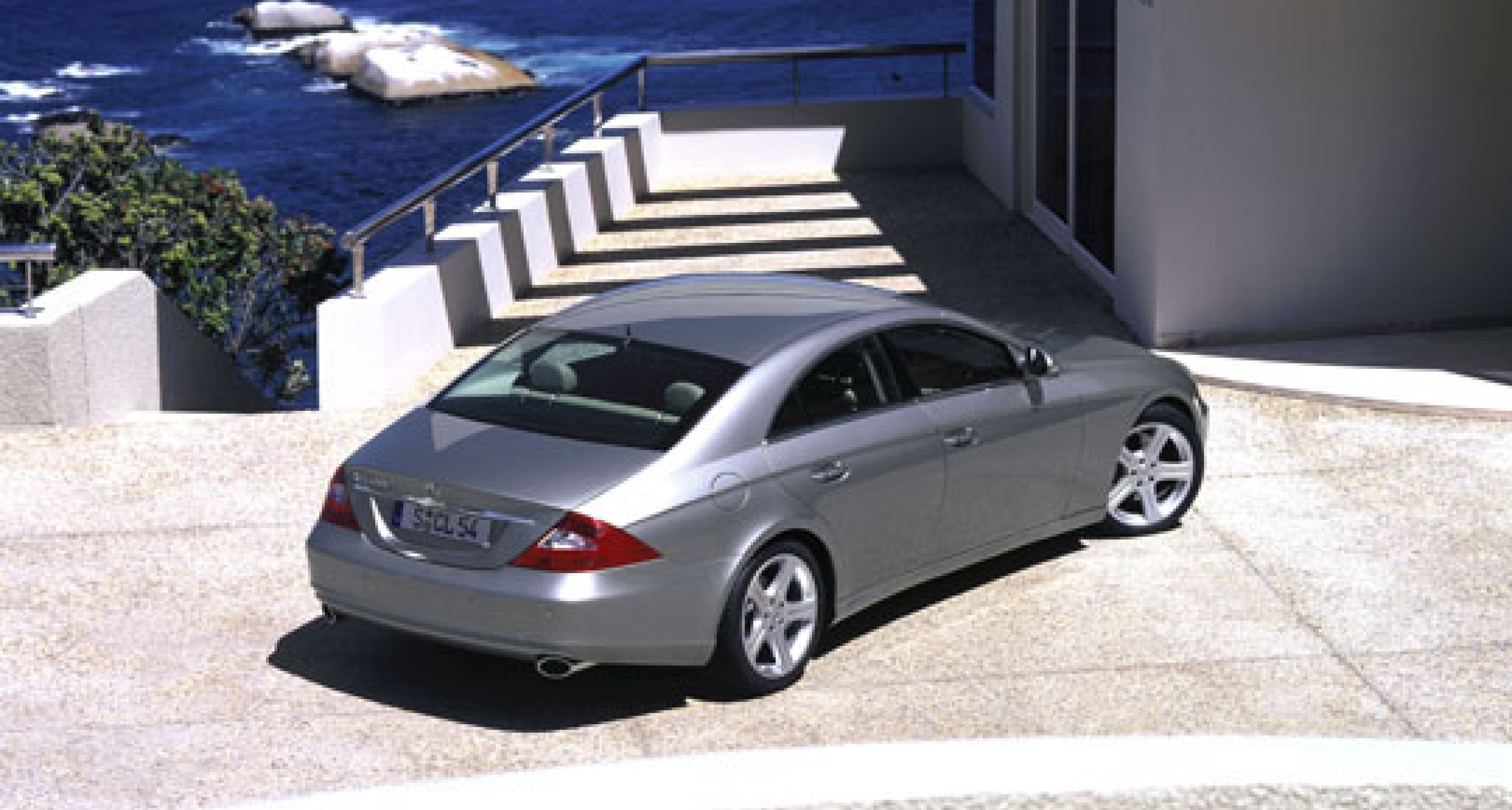 Mercedes will launch CLS at Geneva 2004