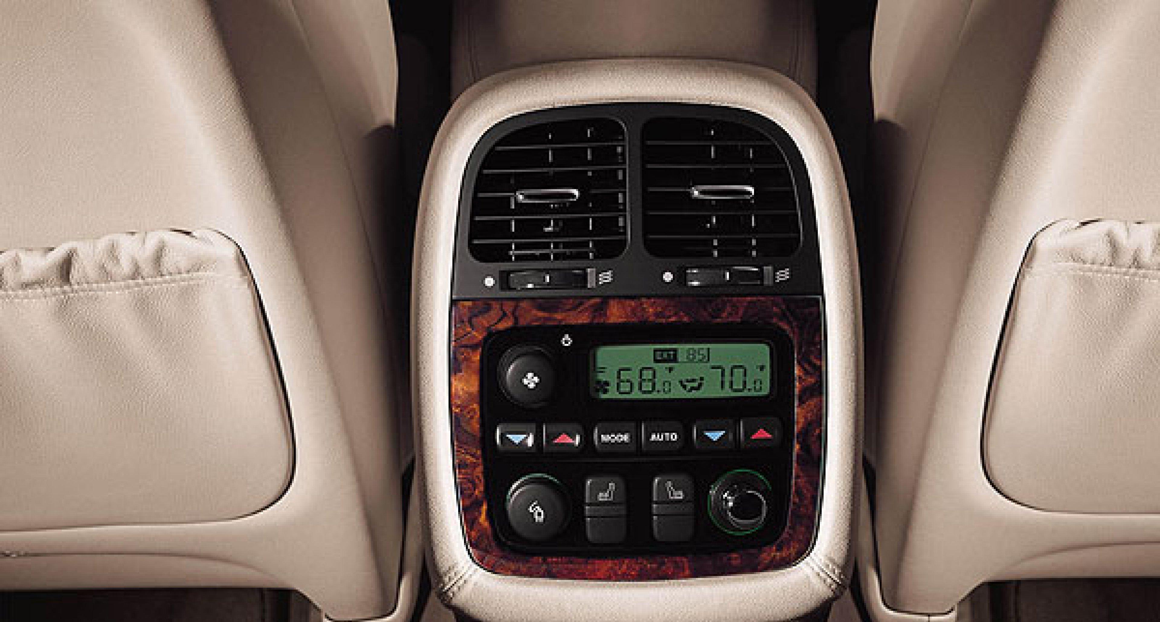 Jaguar XJ LWB und Concept Eight: Neue Luxuslinie