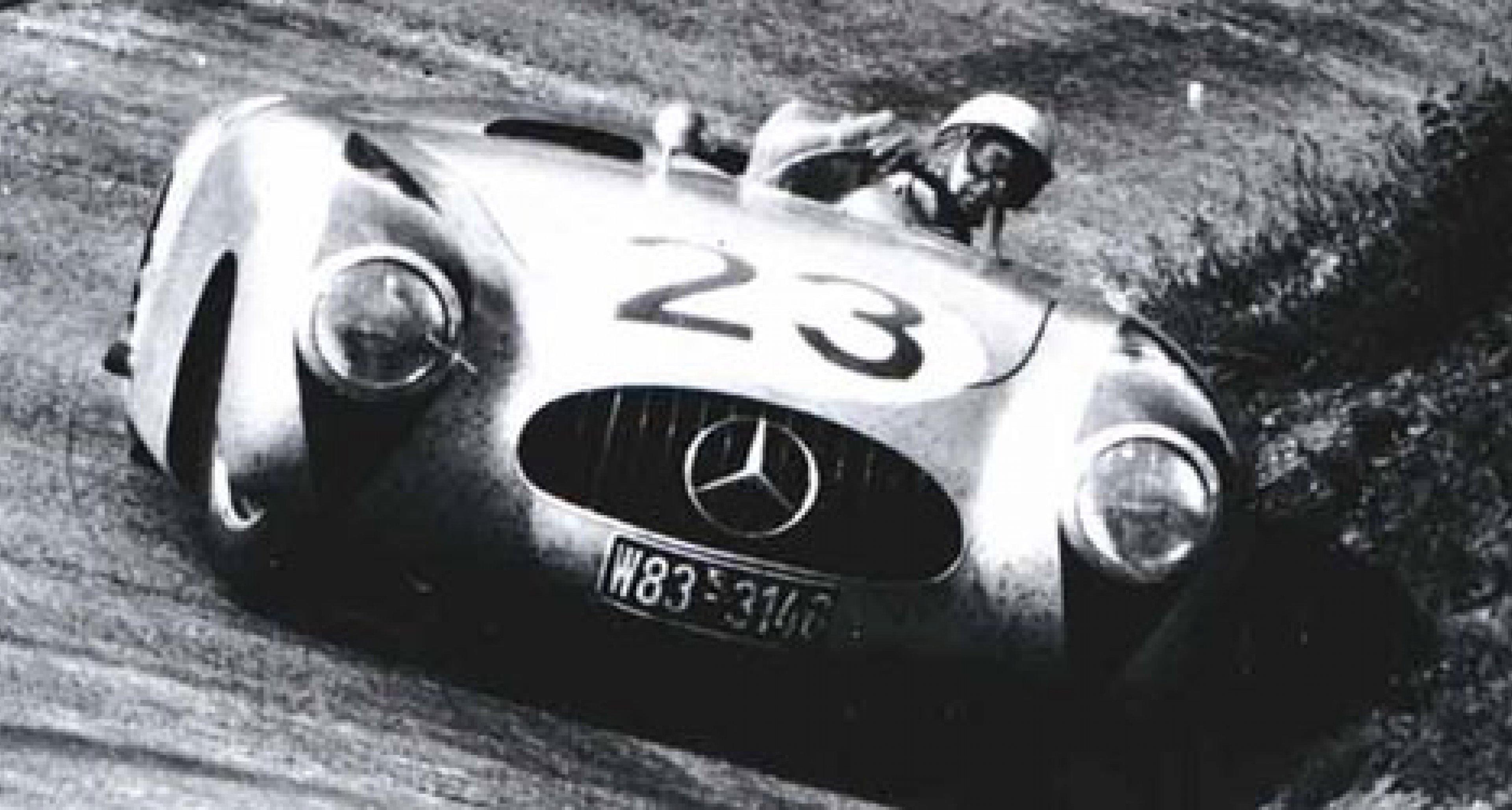 Mercedes-Benz 300 SL: Ein Mythos feiert 50. Geburtstag in Hamburg