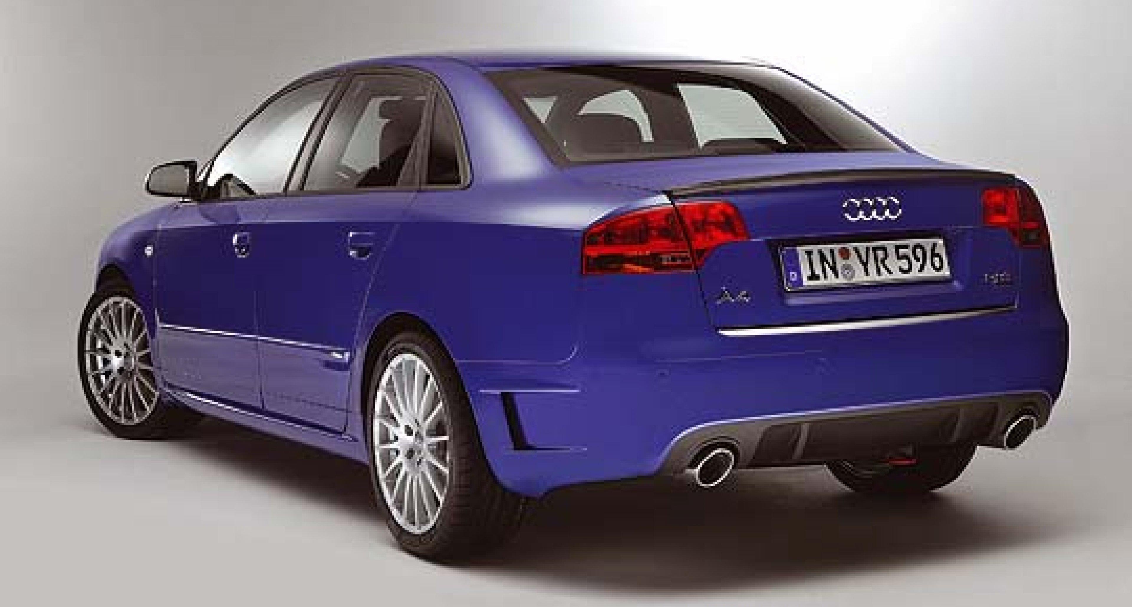 Audi A4 DTM Edition: Motorsport in Serie