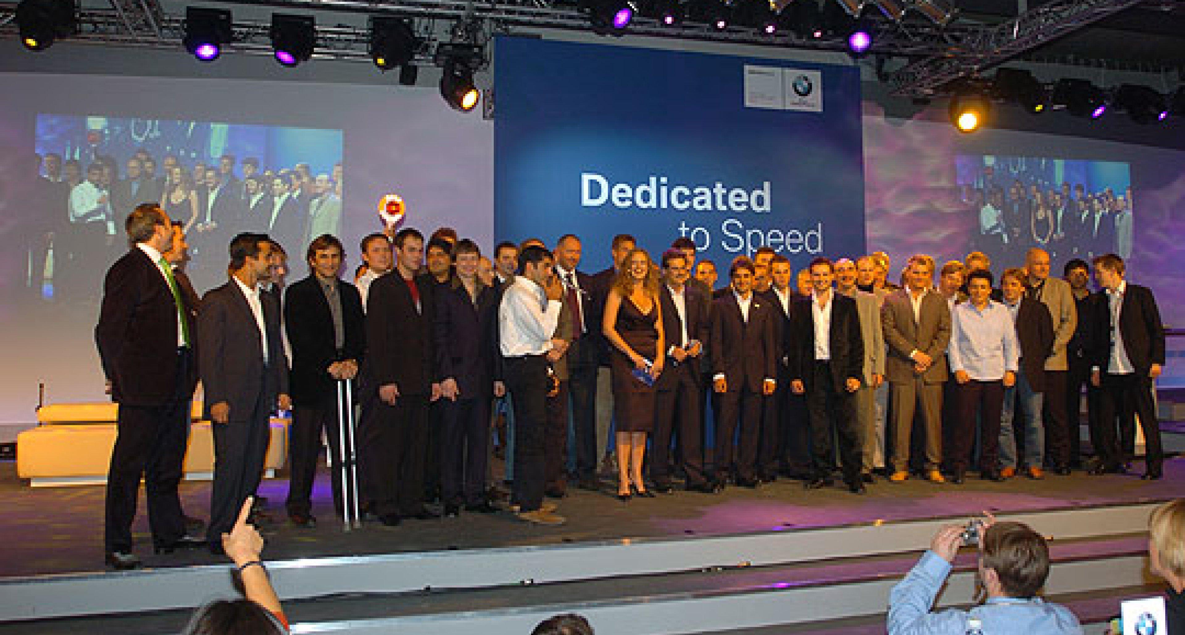 Gas geben und standfest bleiben – die BMW Motorsport Party 2004
