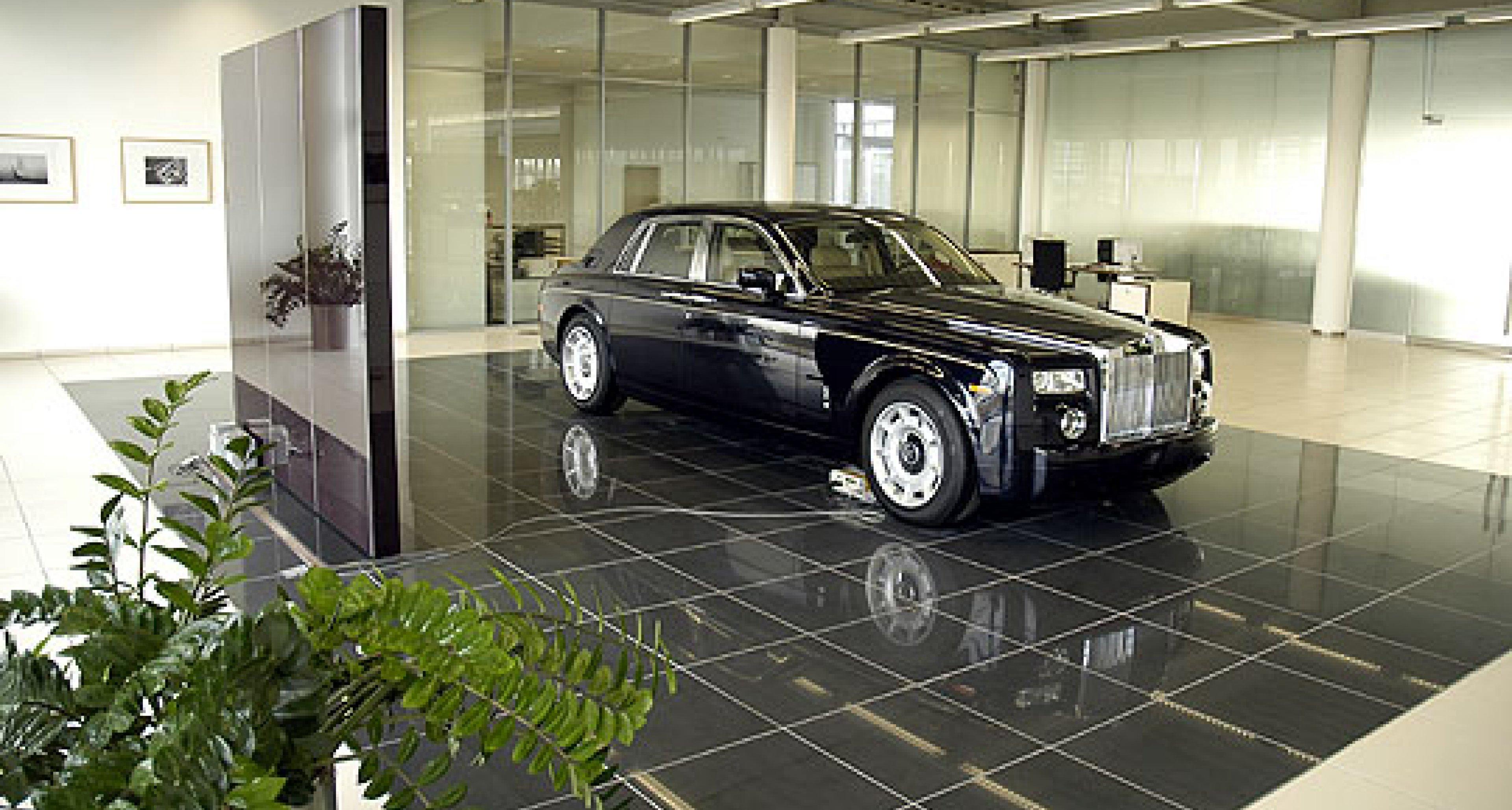 Rolls-Royce: Neuer Showroom in Köln
