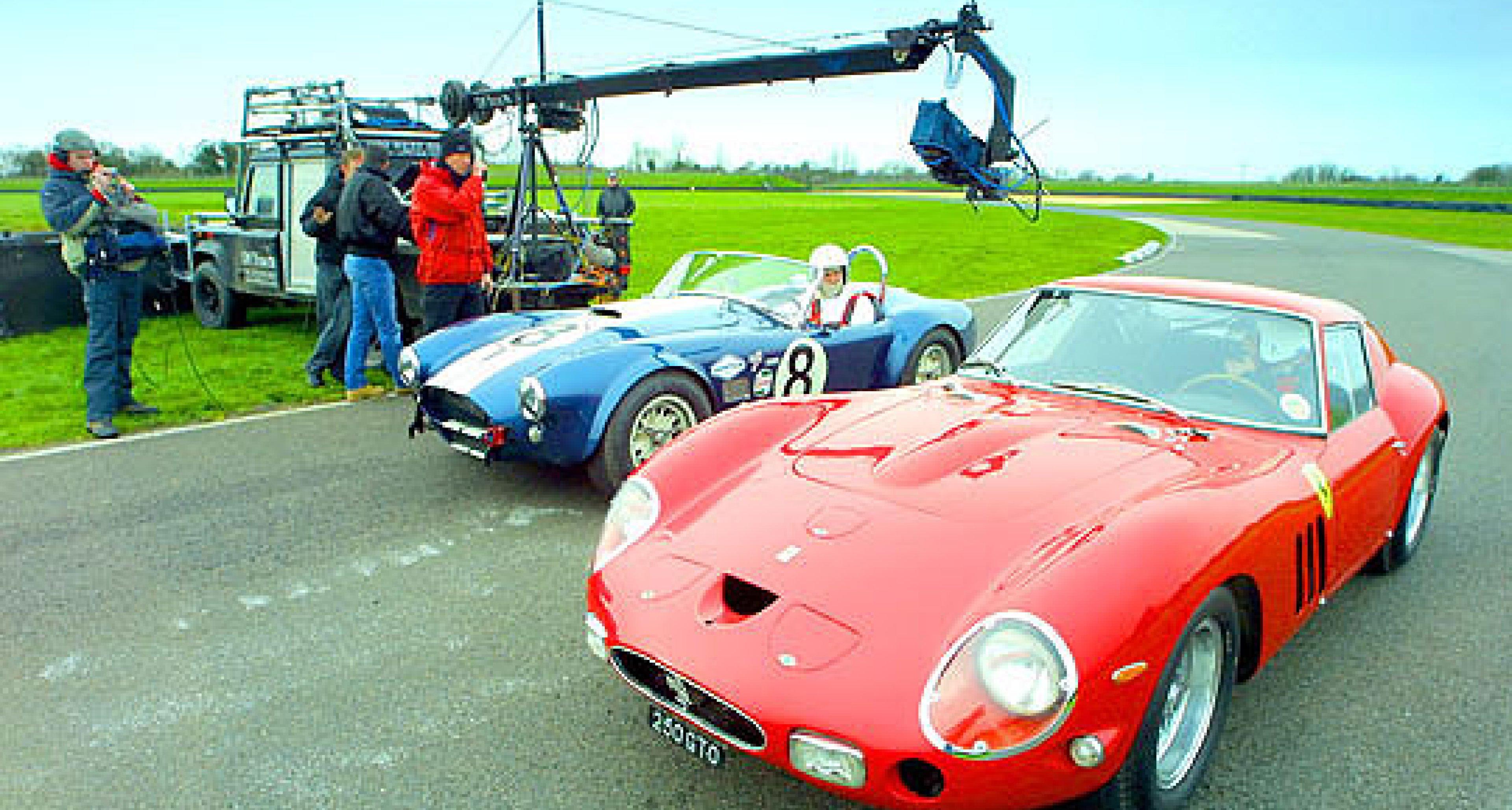 Enzo Ferrari gegen Caroll Shelby: Rivalen der Rennstrecke
