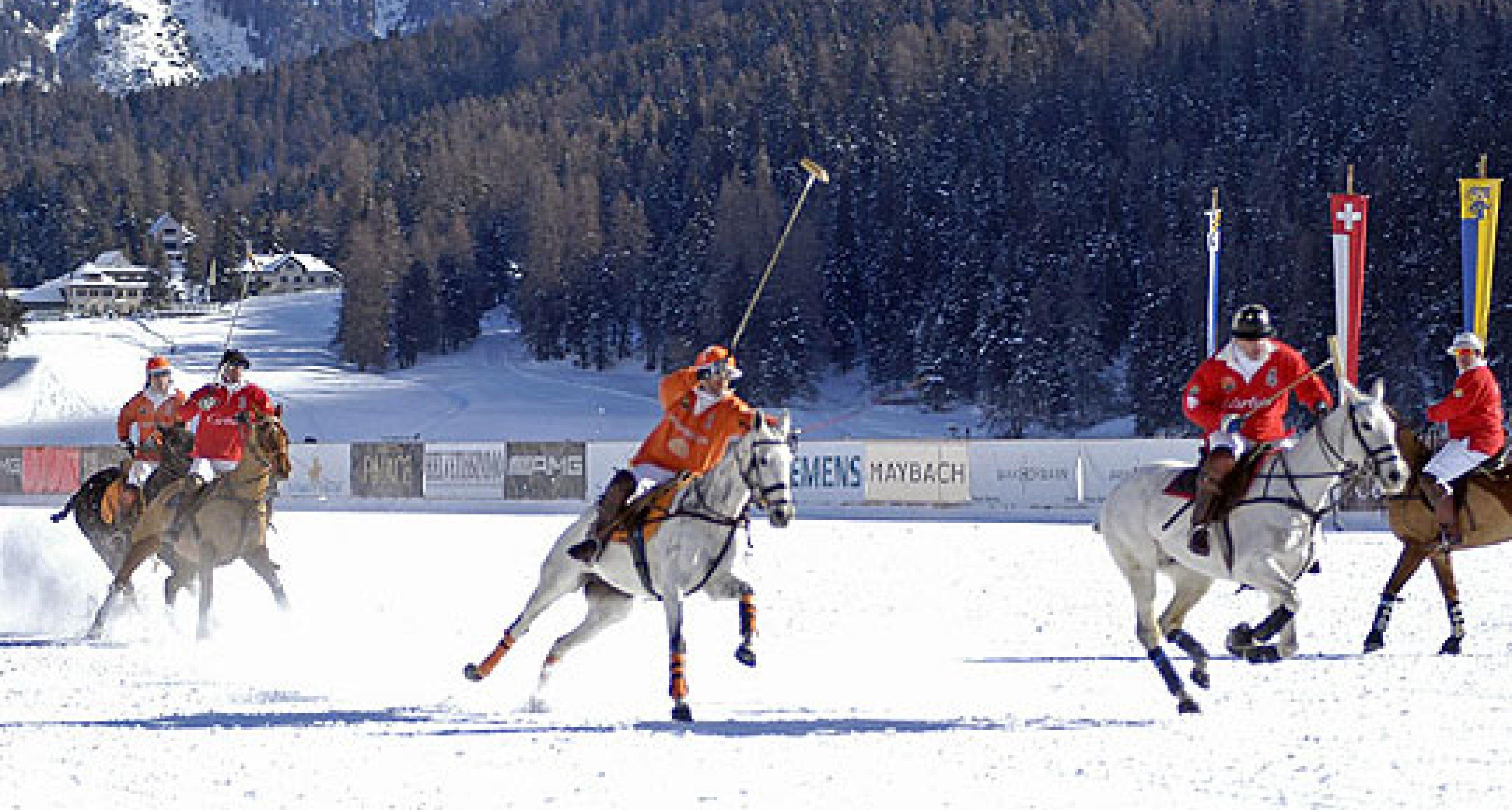 Über 10.000 Zuschauer beim Schnee–Poloturnier in St. Moritz
