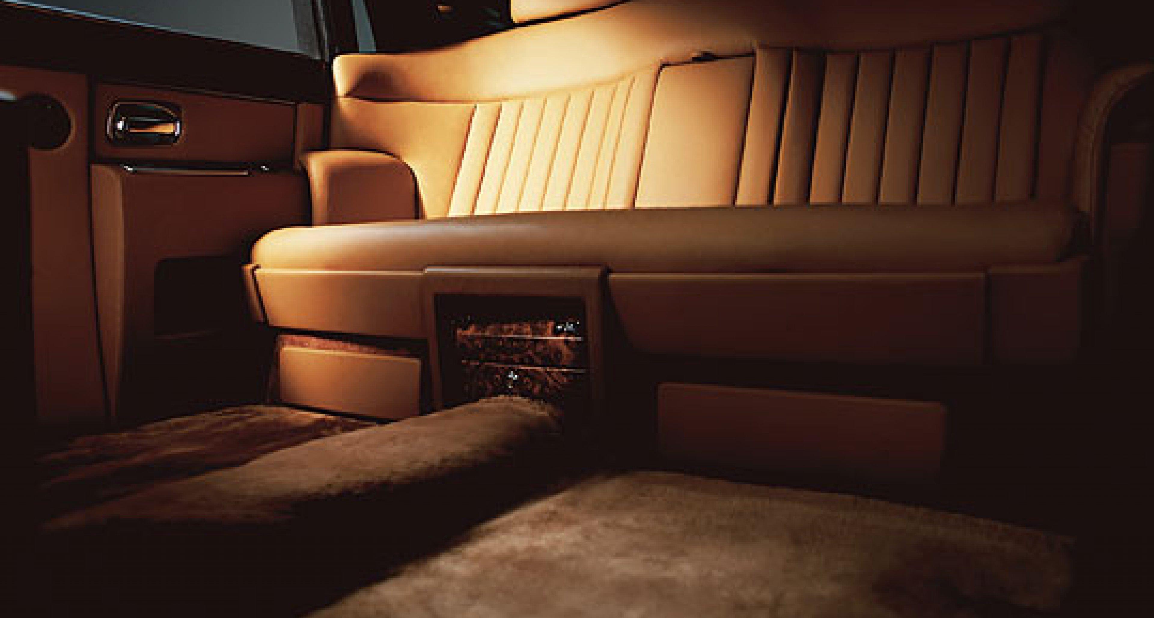 Rolls-Royce Phantom with extended wheelbase