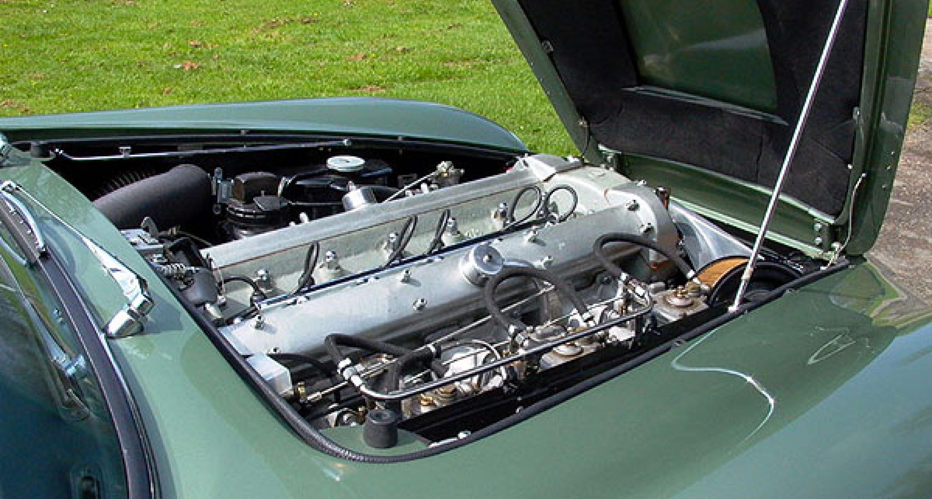 Aston Martin DB6 Short-Chassis Vantage Volante