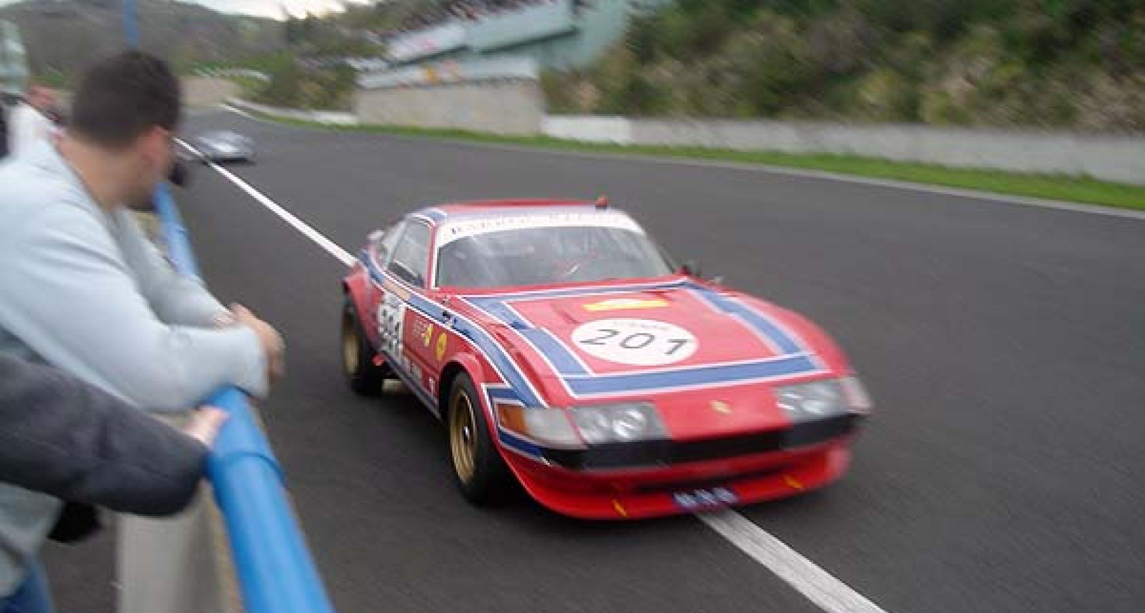 Tour Auto 2005: Drive safe but fast