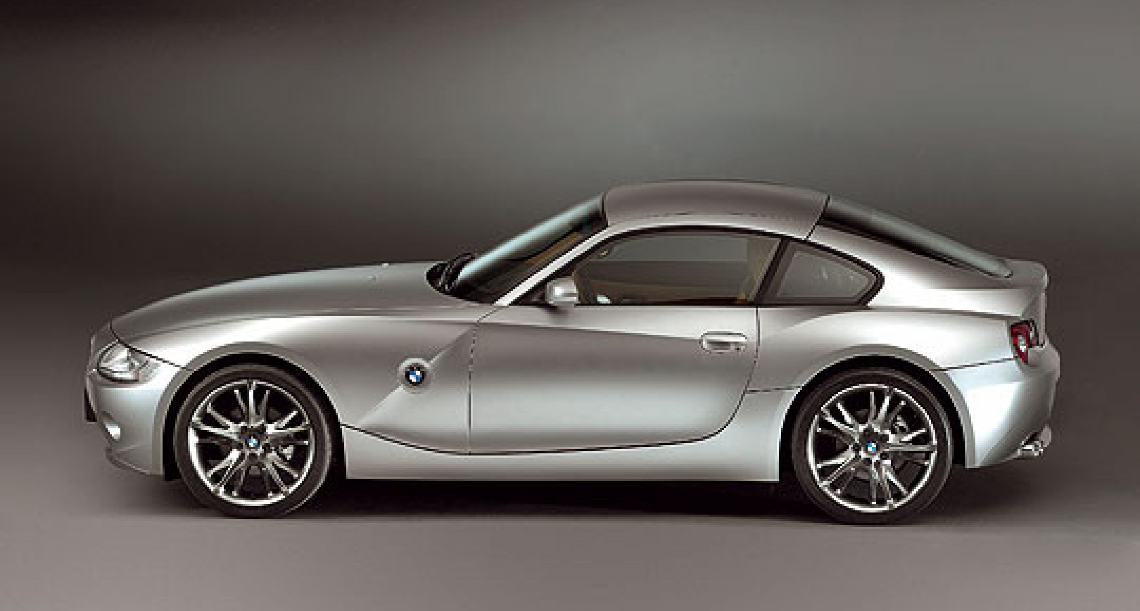 BMW Z4 Coupé - competition for the Cayman