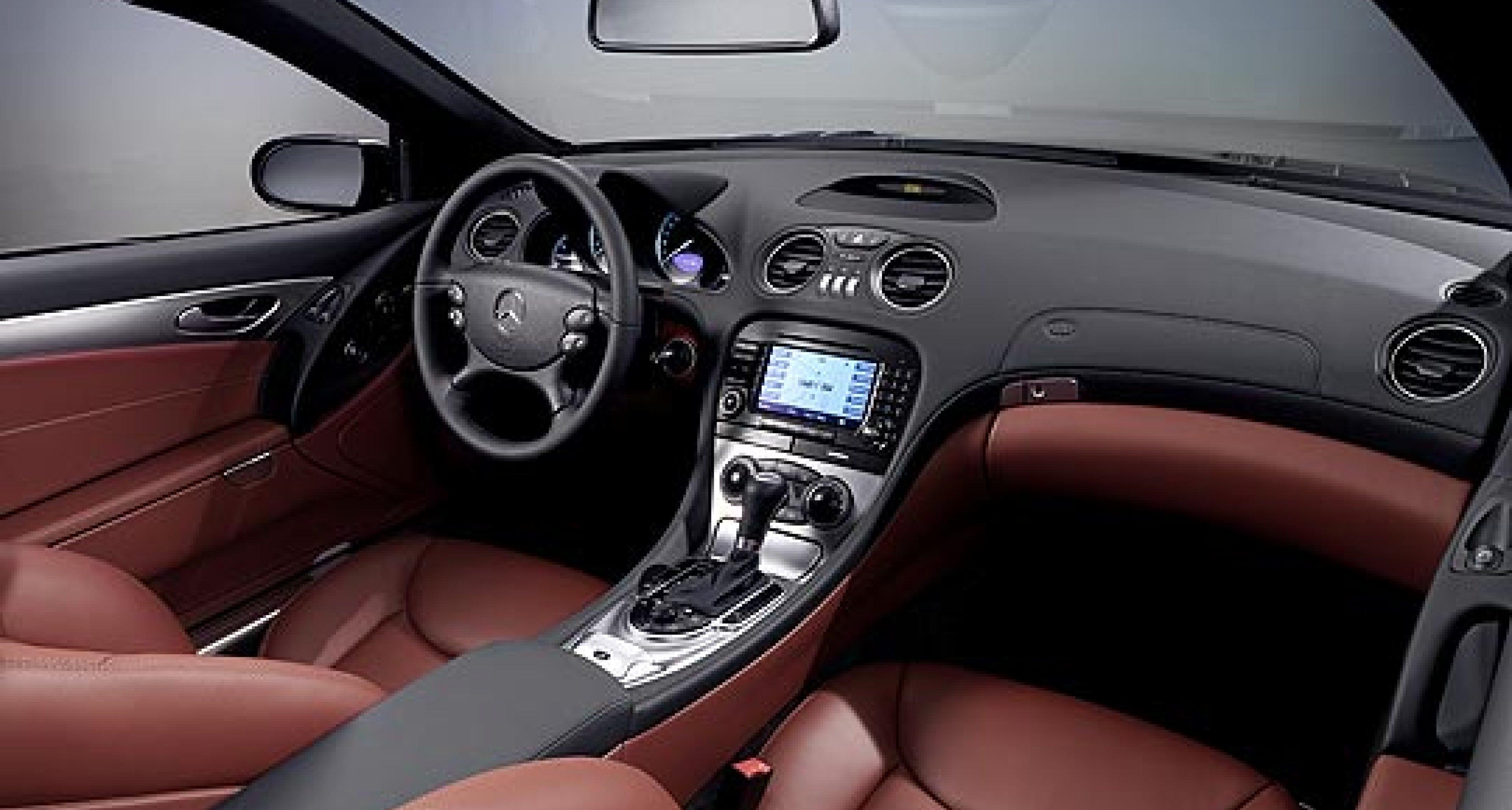 Facelifted Mercedes-Benz SL range