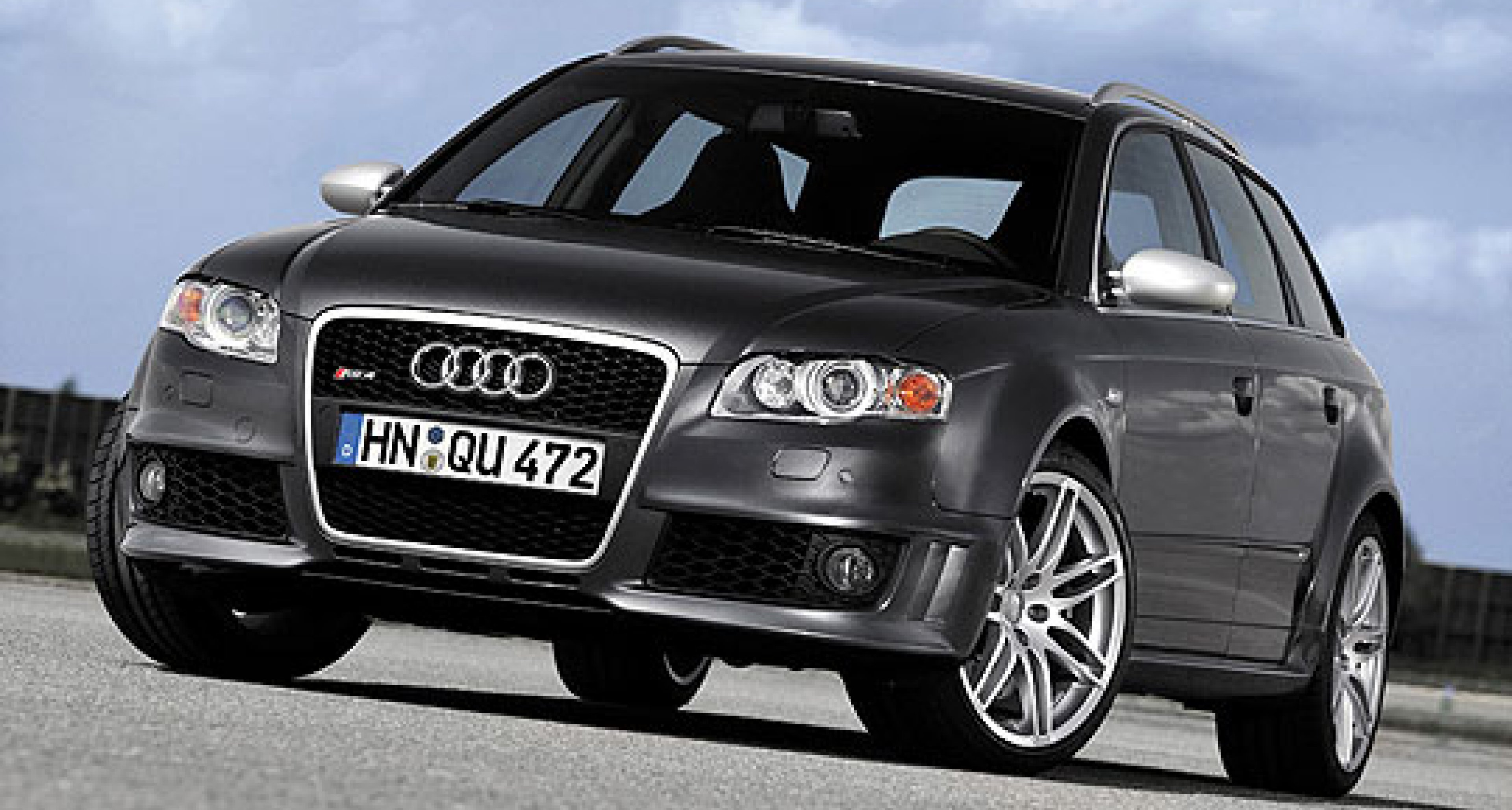 Audi RS 4 now also in Avant and Cabriolet versions