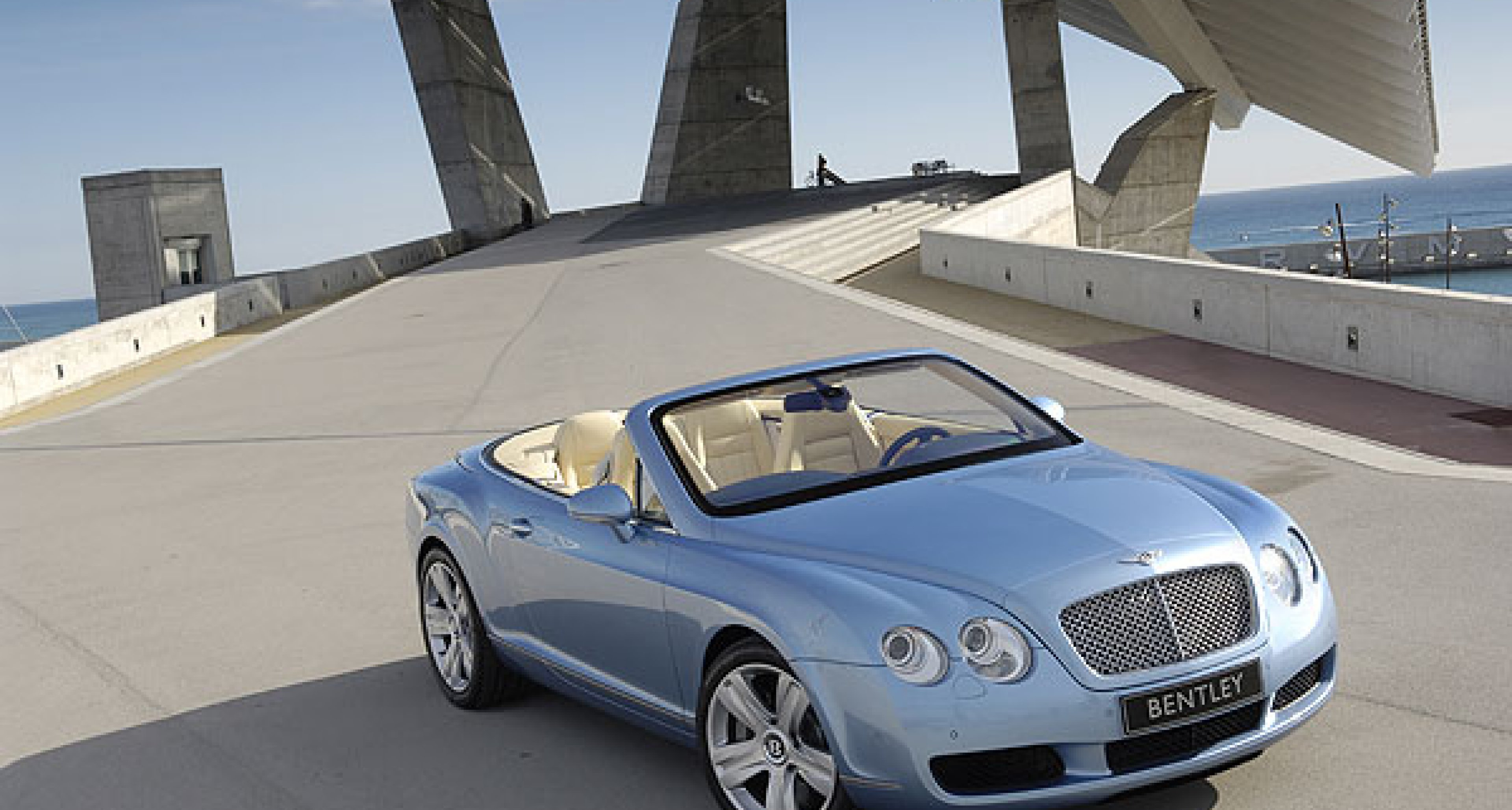 Bentley Continental GTC in New York