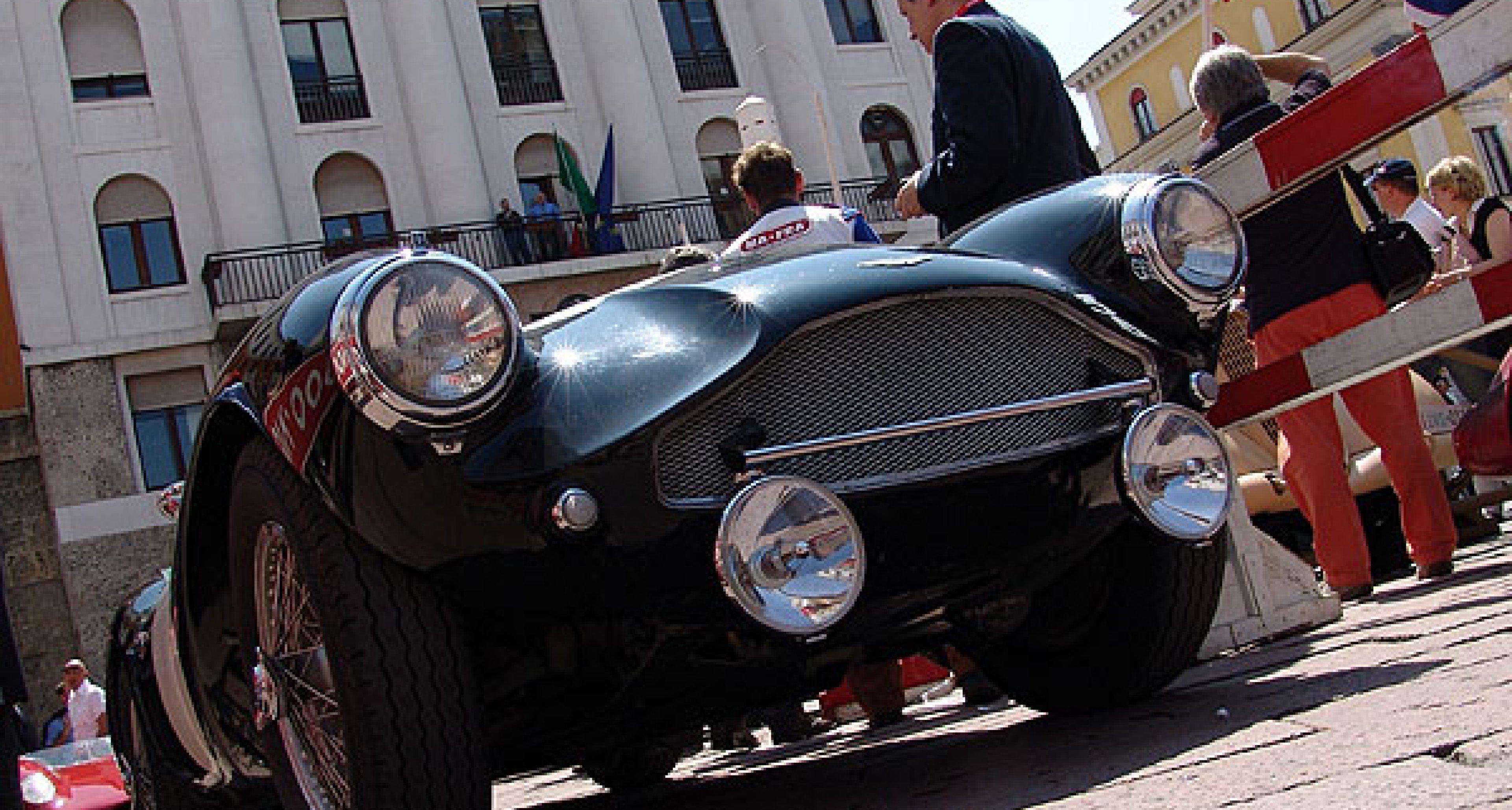 Startschuss: Mille Miglia 2006