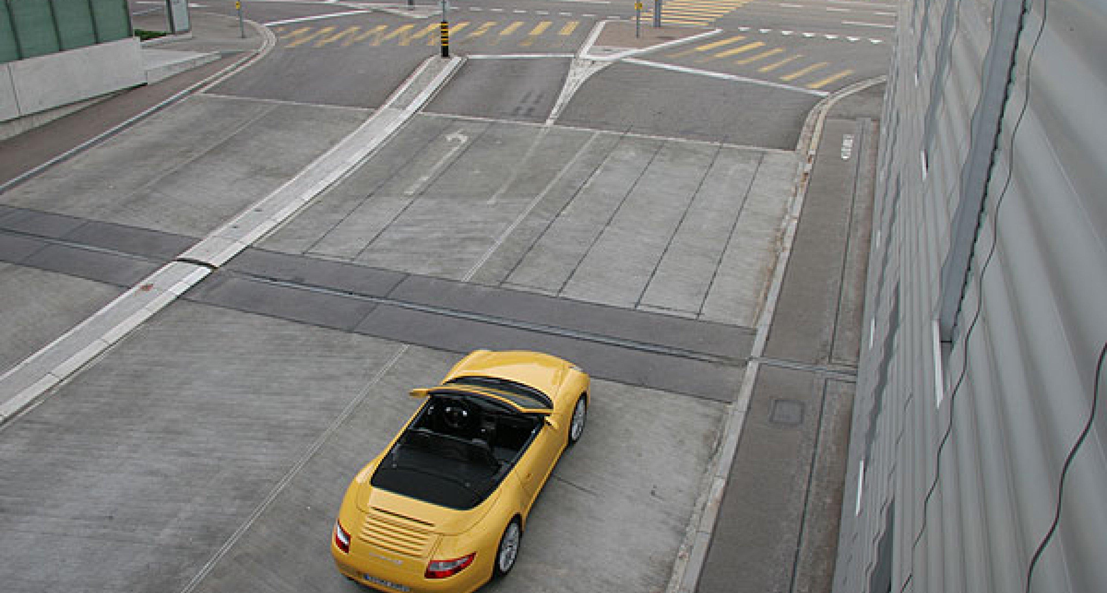 Porsche 911 Carrera 4S Cabrio
