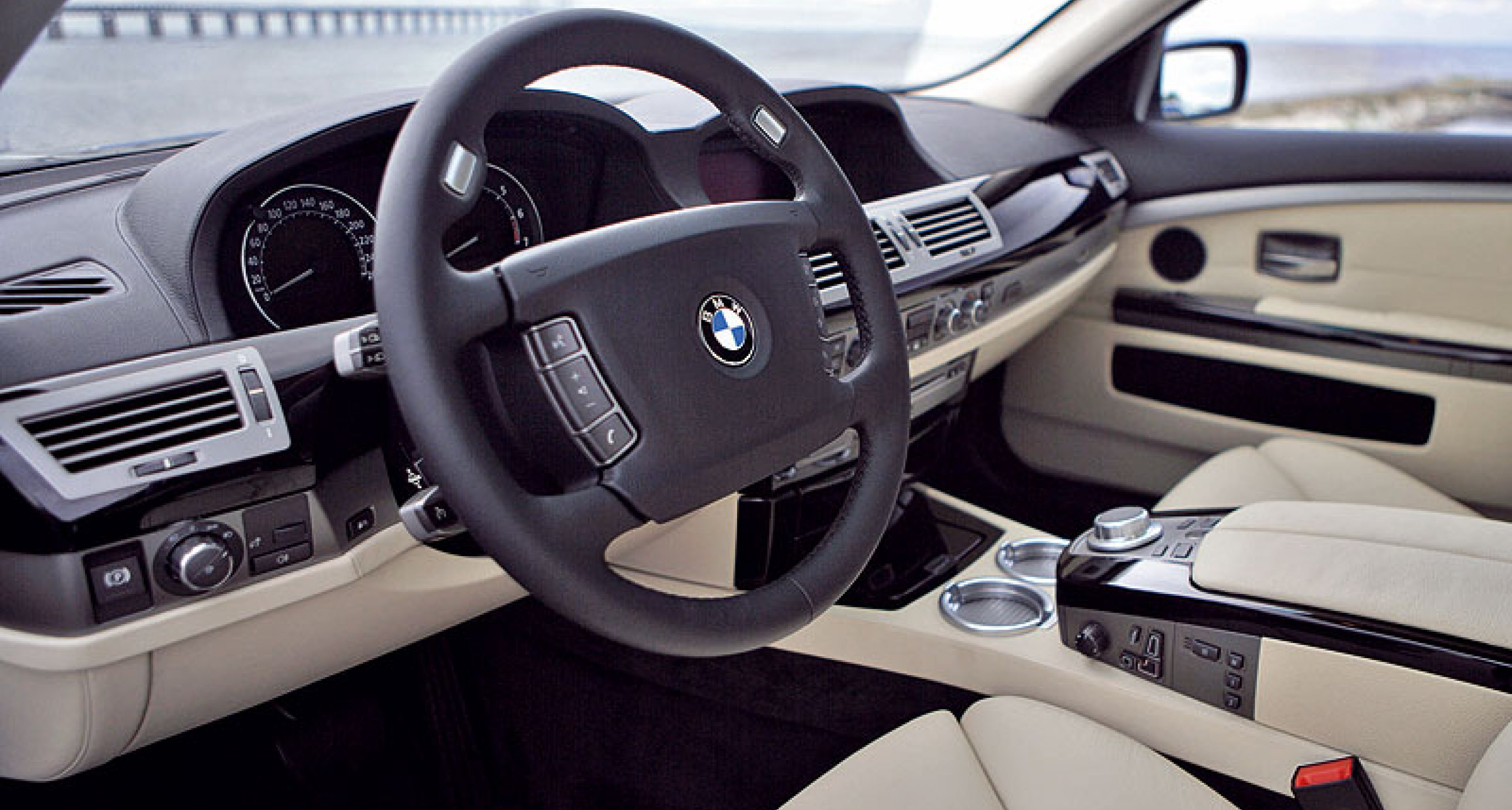 BMW Hydrogen 7 for delivery in 2007