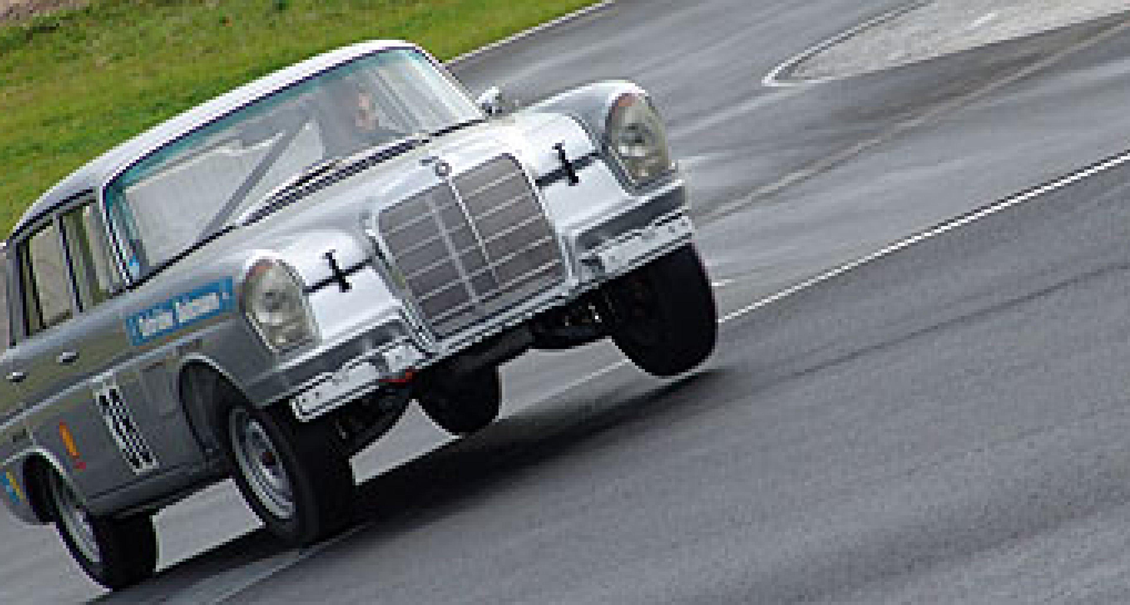 Mercedes-Benz 300 SE Rennflosse