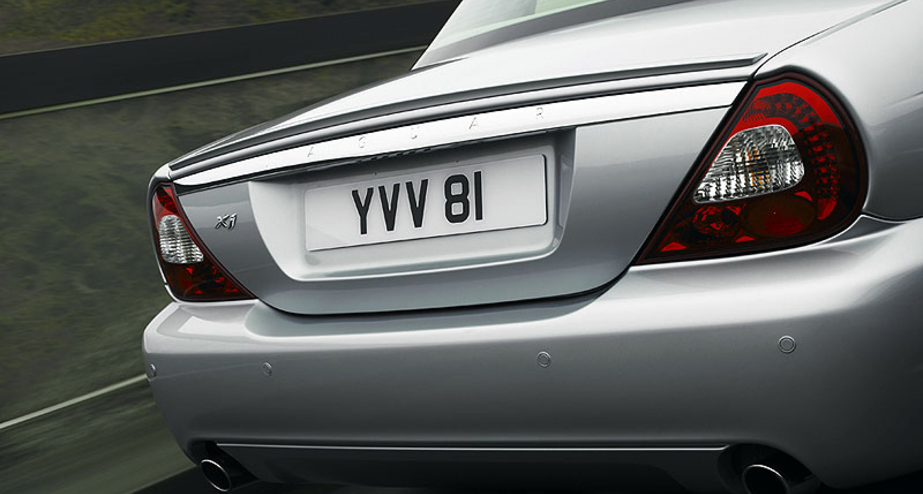 Jaguar Updates XJ for 2008