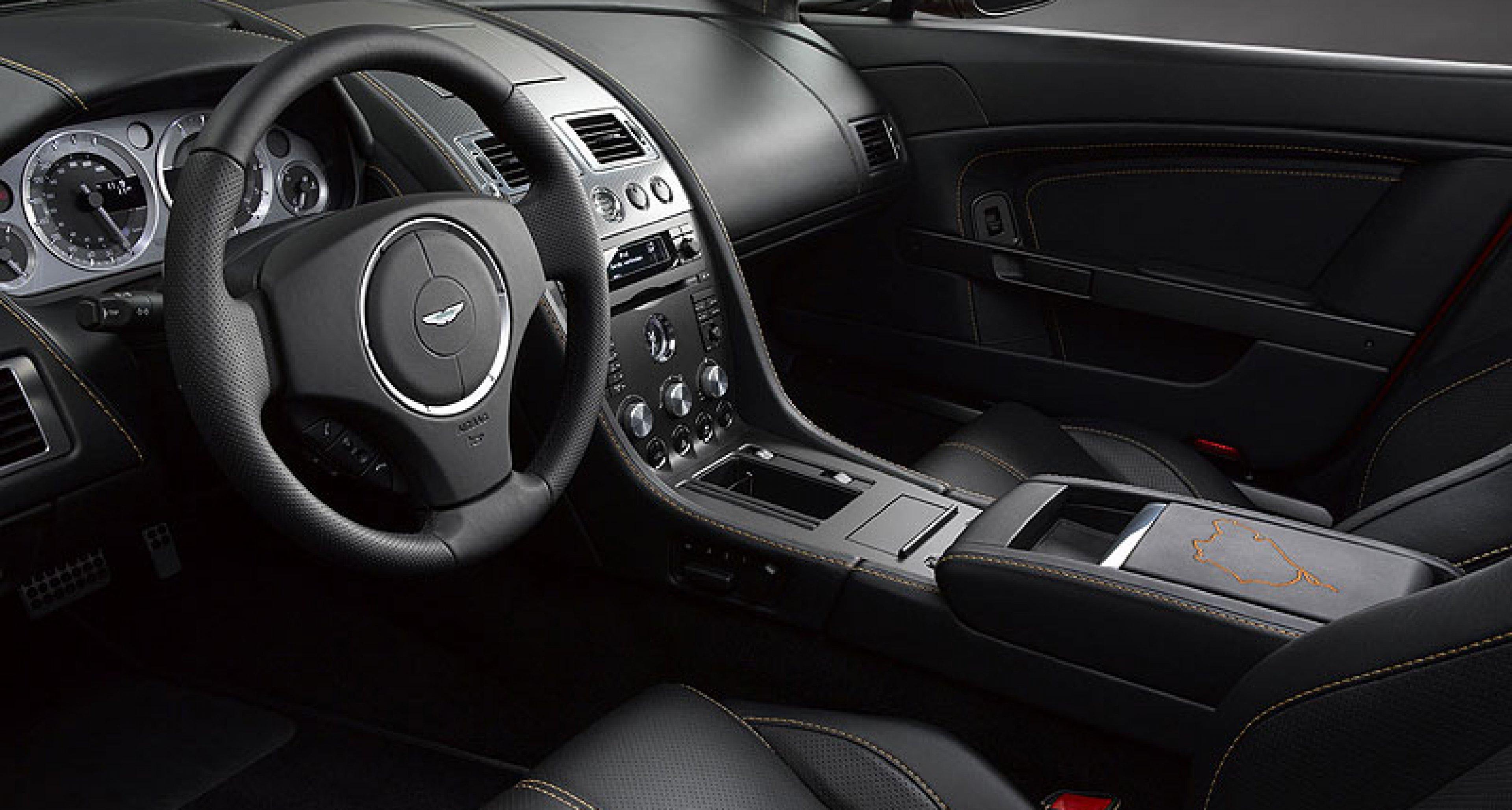 Aston Martin N400 Roadster & Coupé: Blutsbrüder