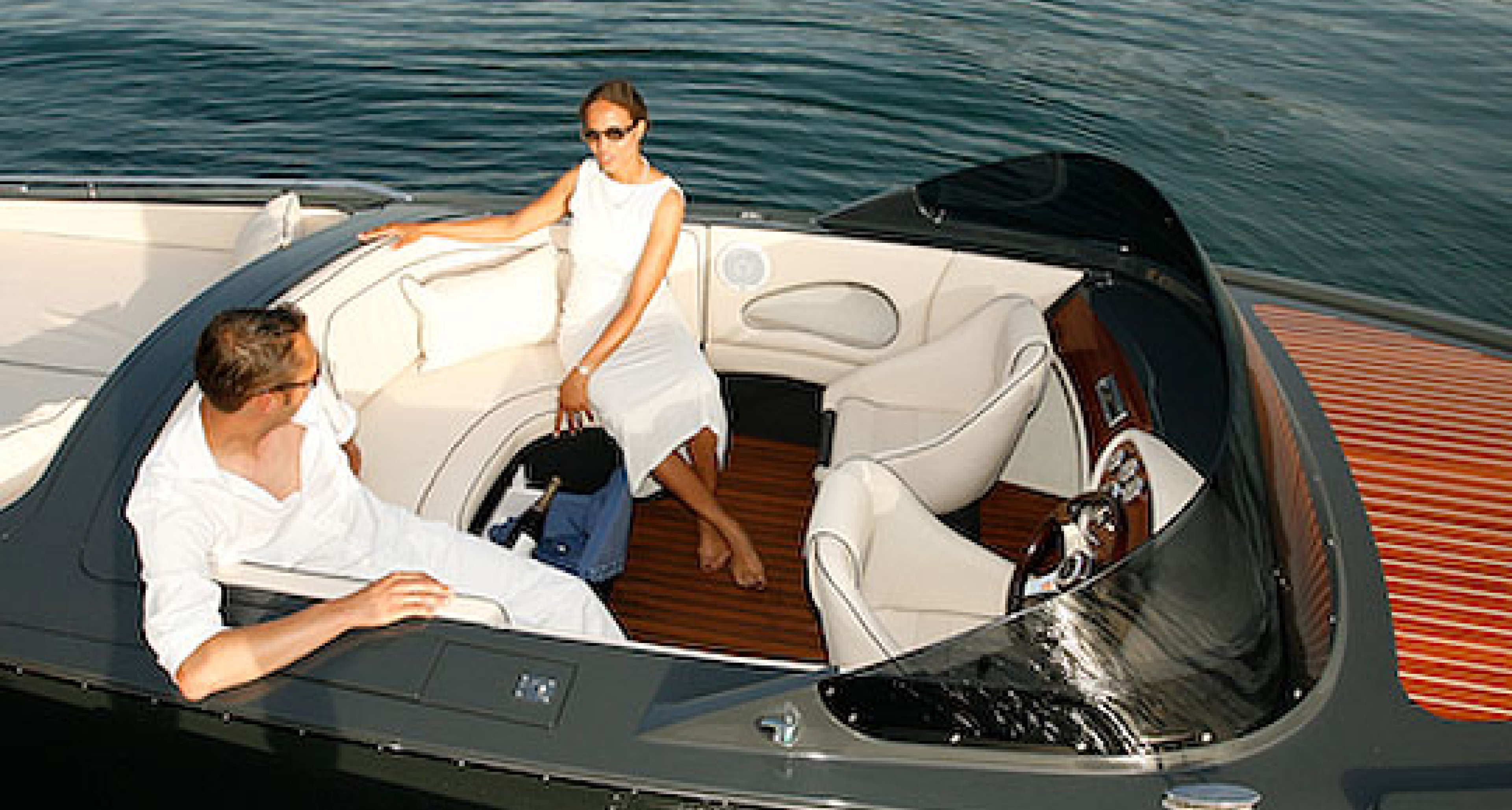 Laguna 760: Silent Cruising