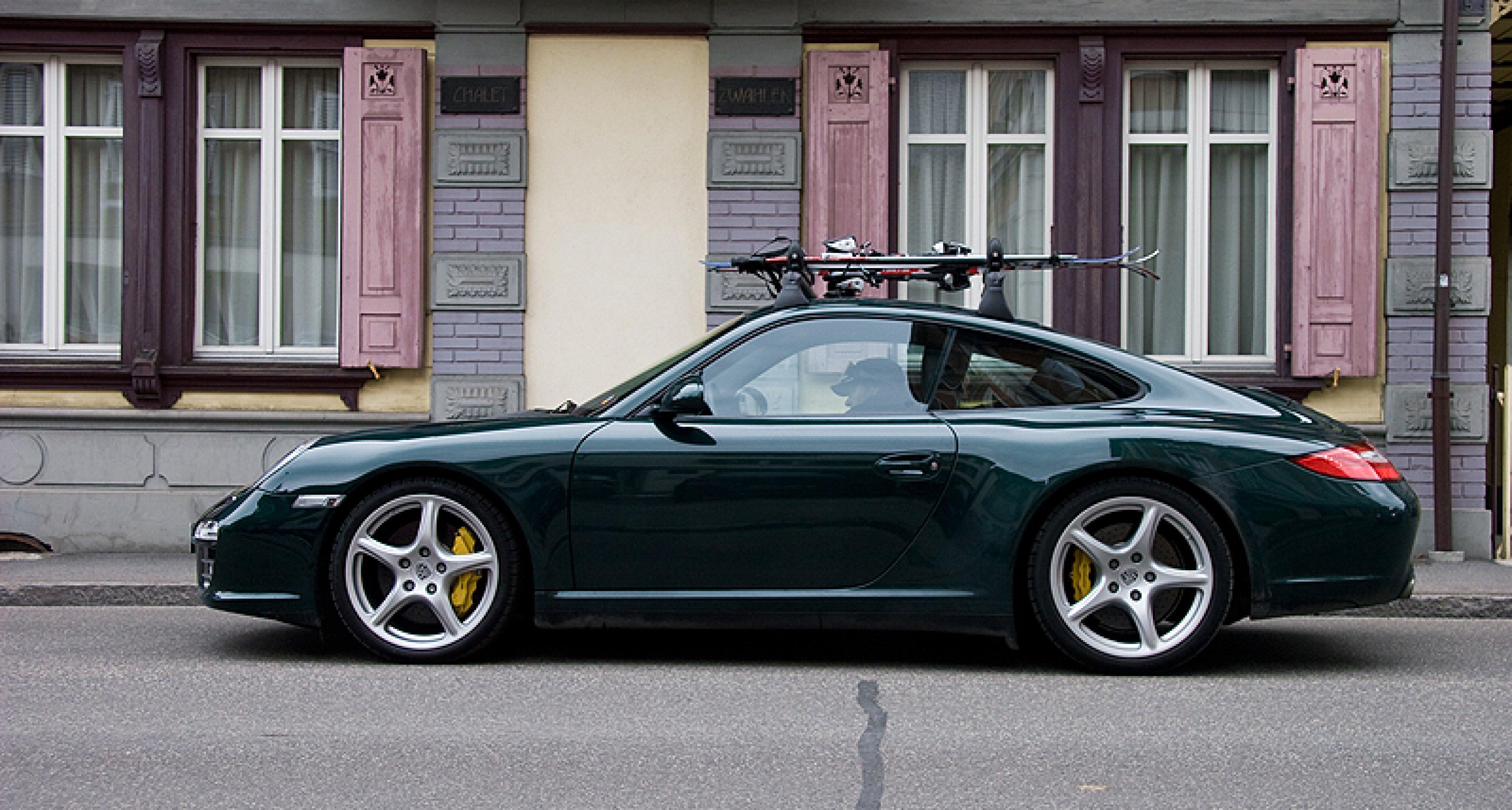 Porsche 911 Carrera 4 Wintersport (1)