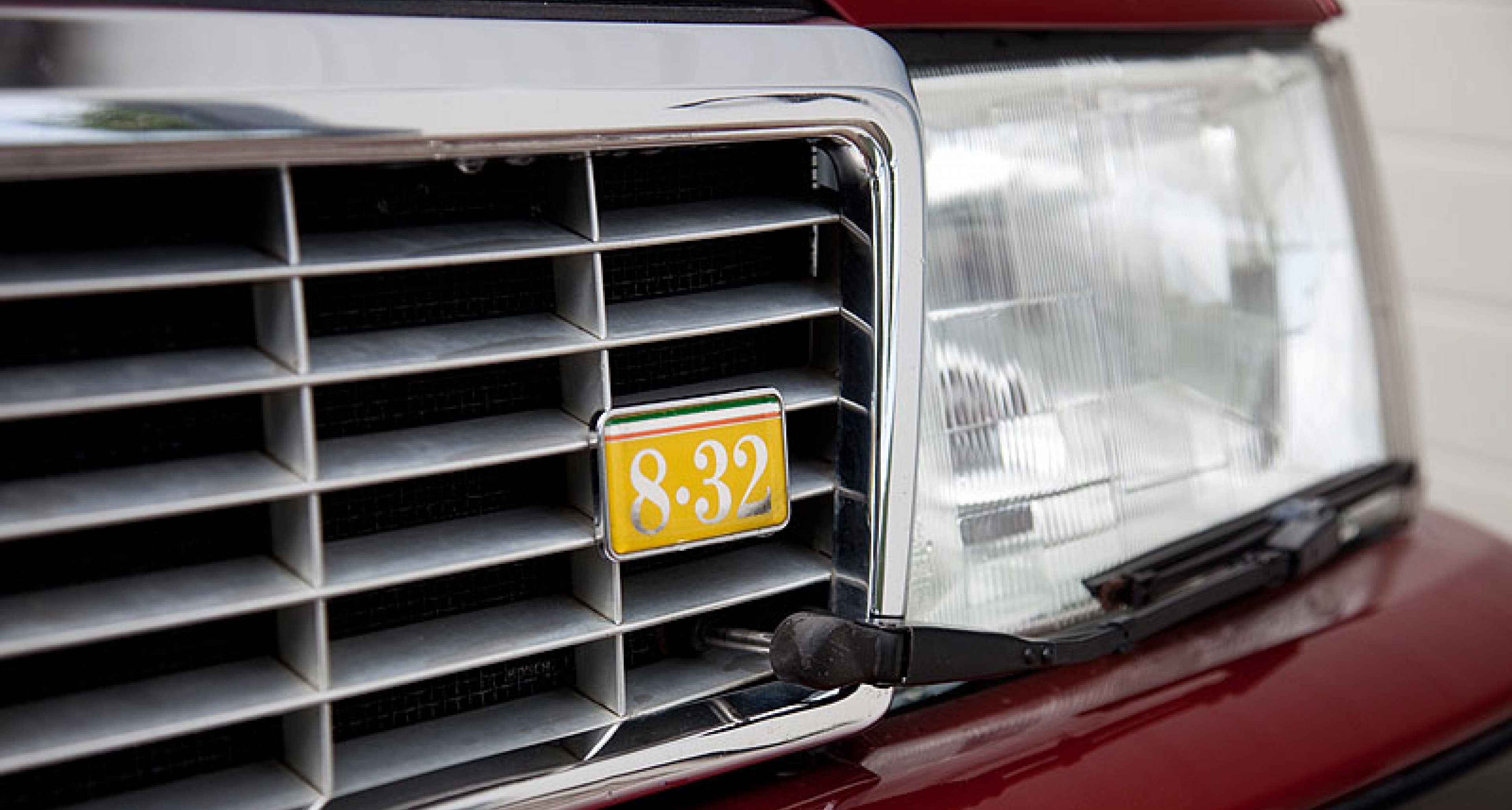 Lancia Thema 8.32