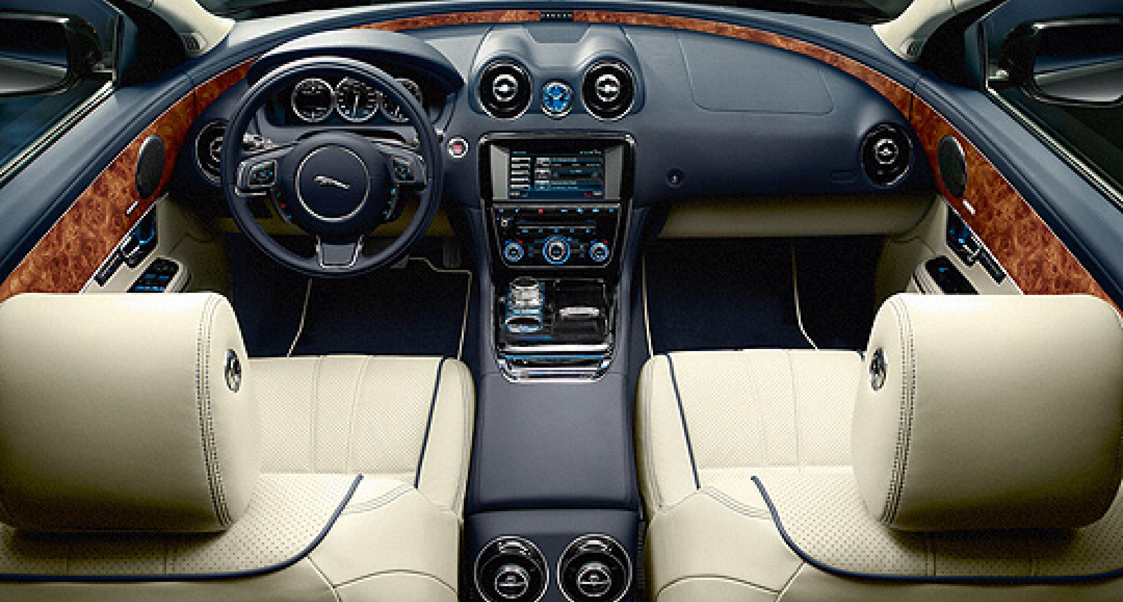 Jaguar XJL Neiman Marcus Edition: Frohes Fest!