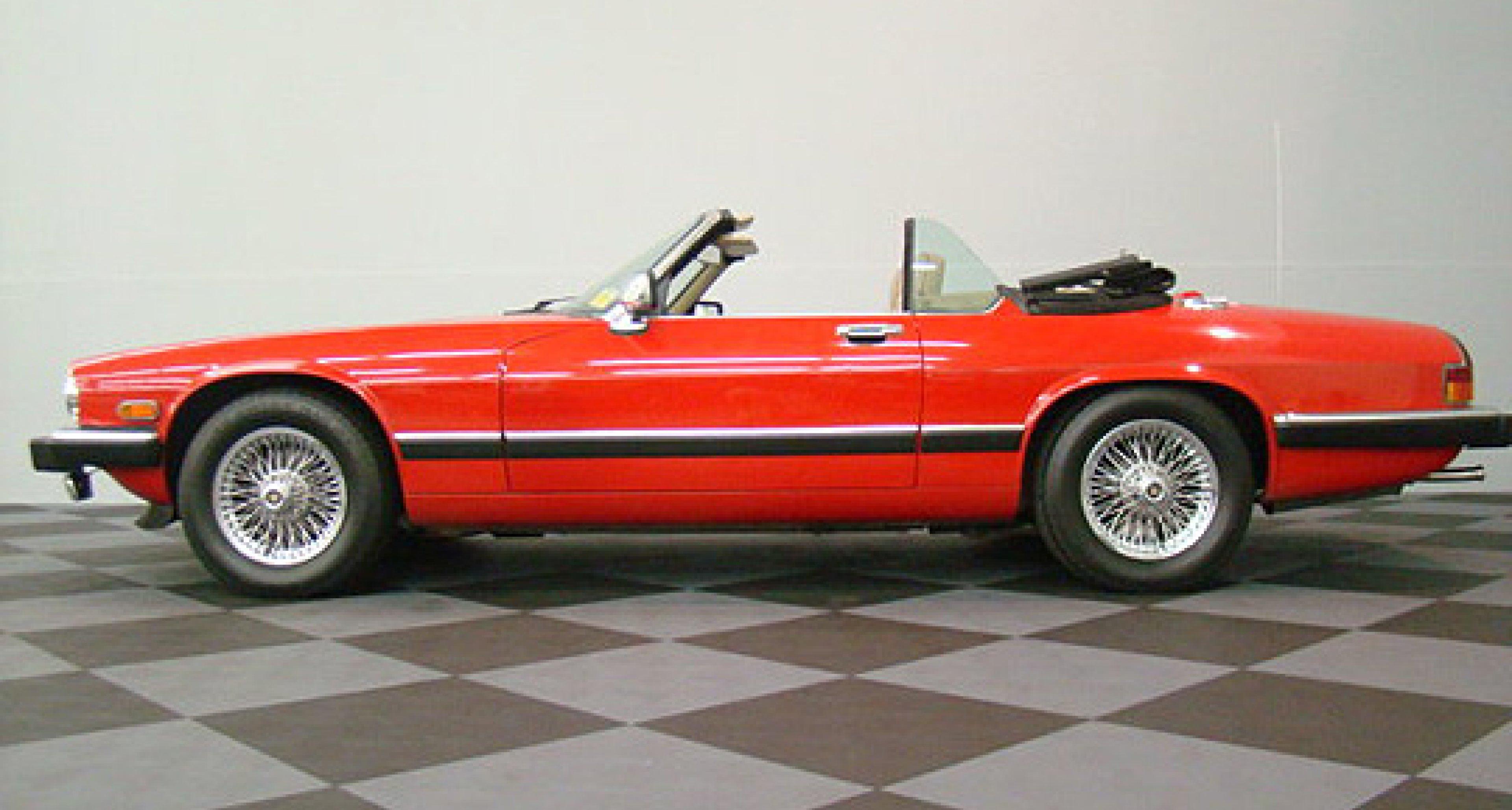 Sleeping Beauty Nº2:  Jaguar XJS Convertible