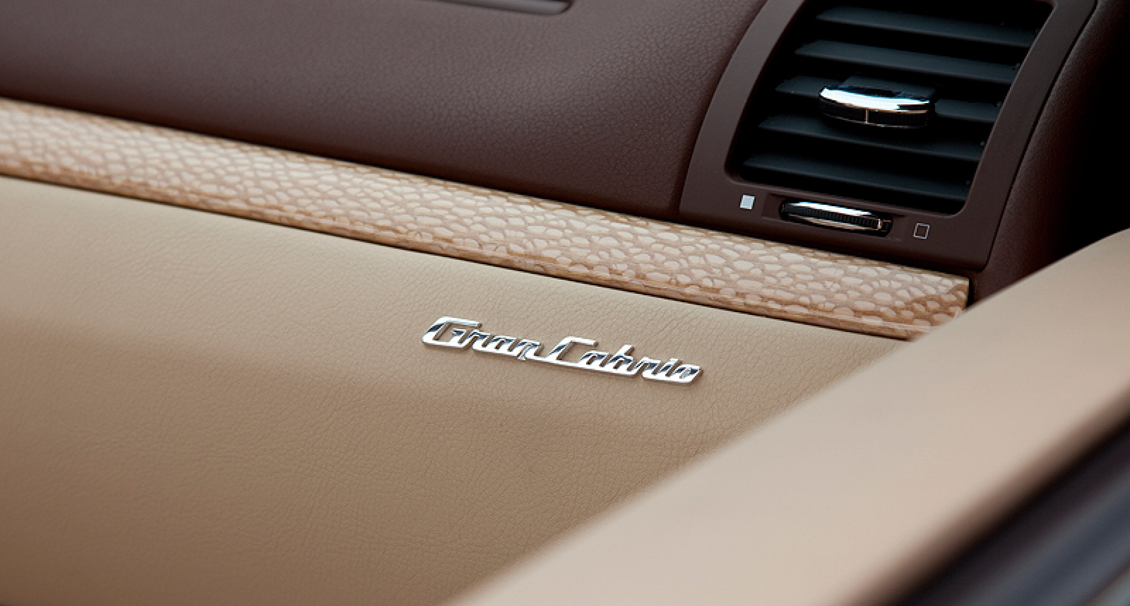 Maserati GranCabrio: Viva la Diva!