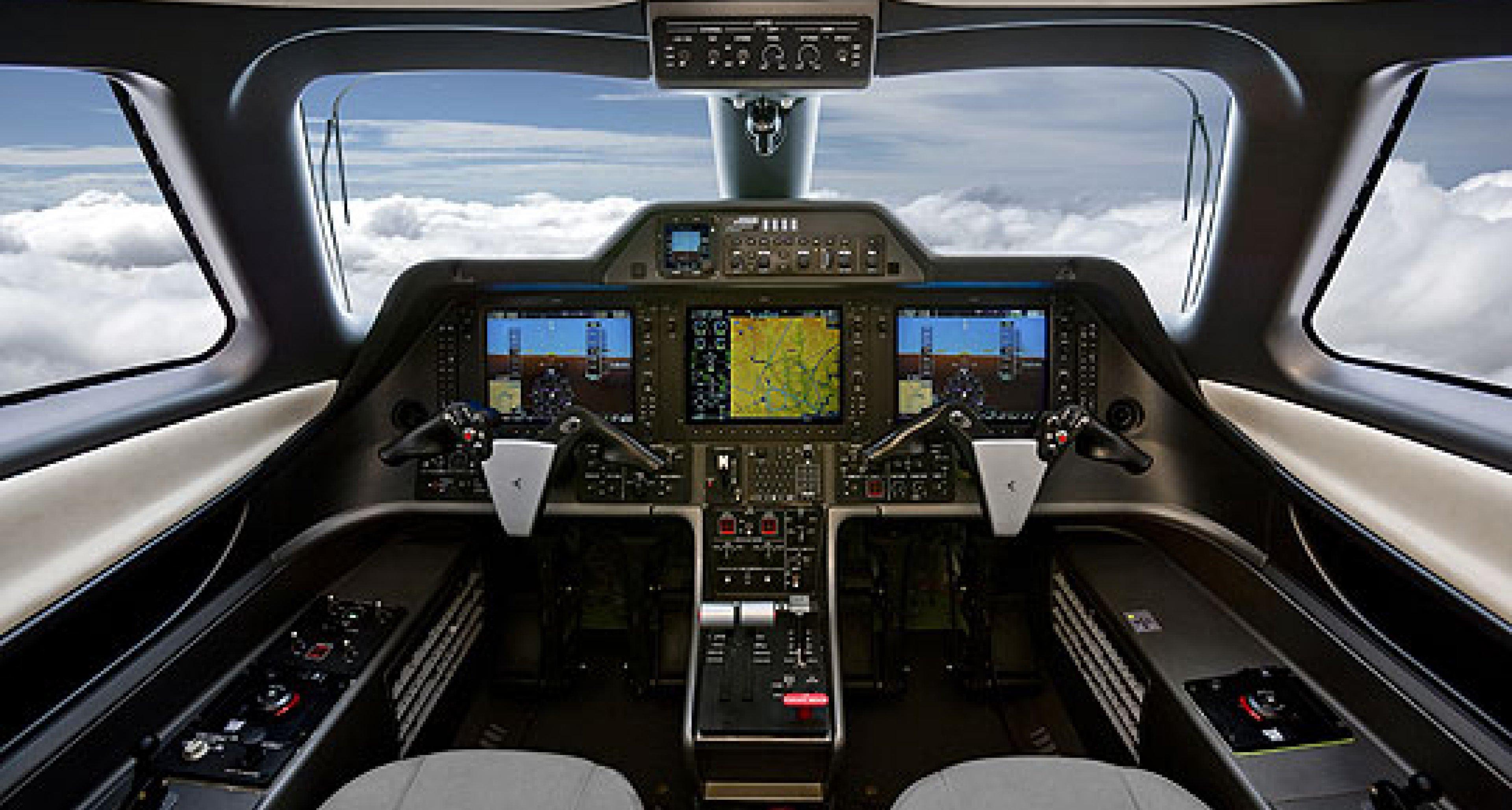 Testflug: Embraer Phenom 300