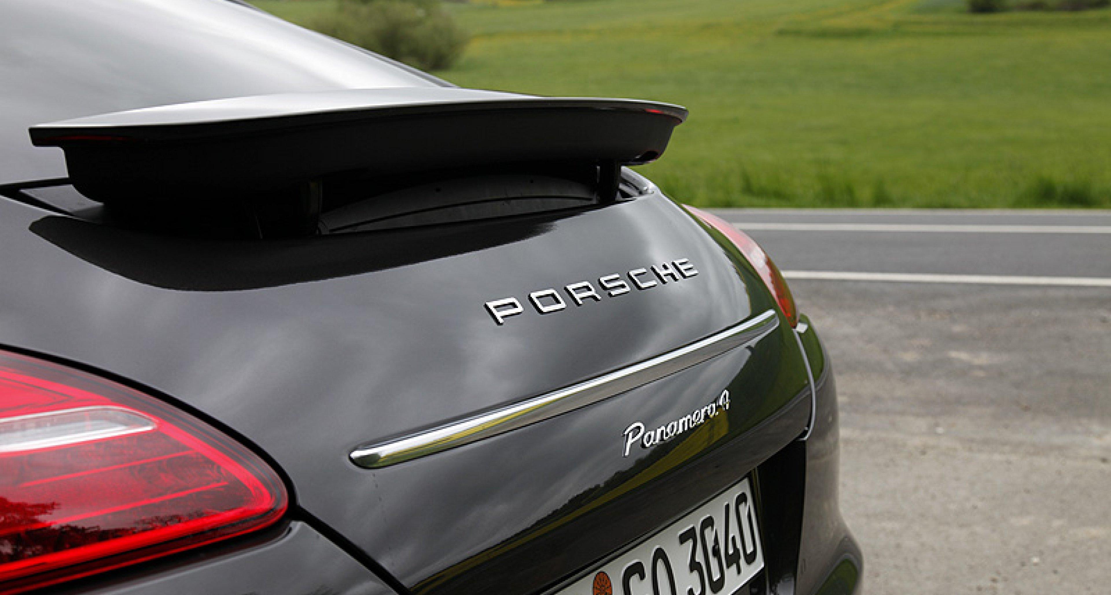 Porsche Panamera V6: Small Turismo