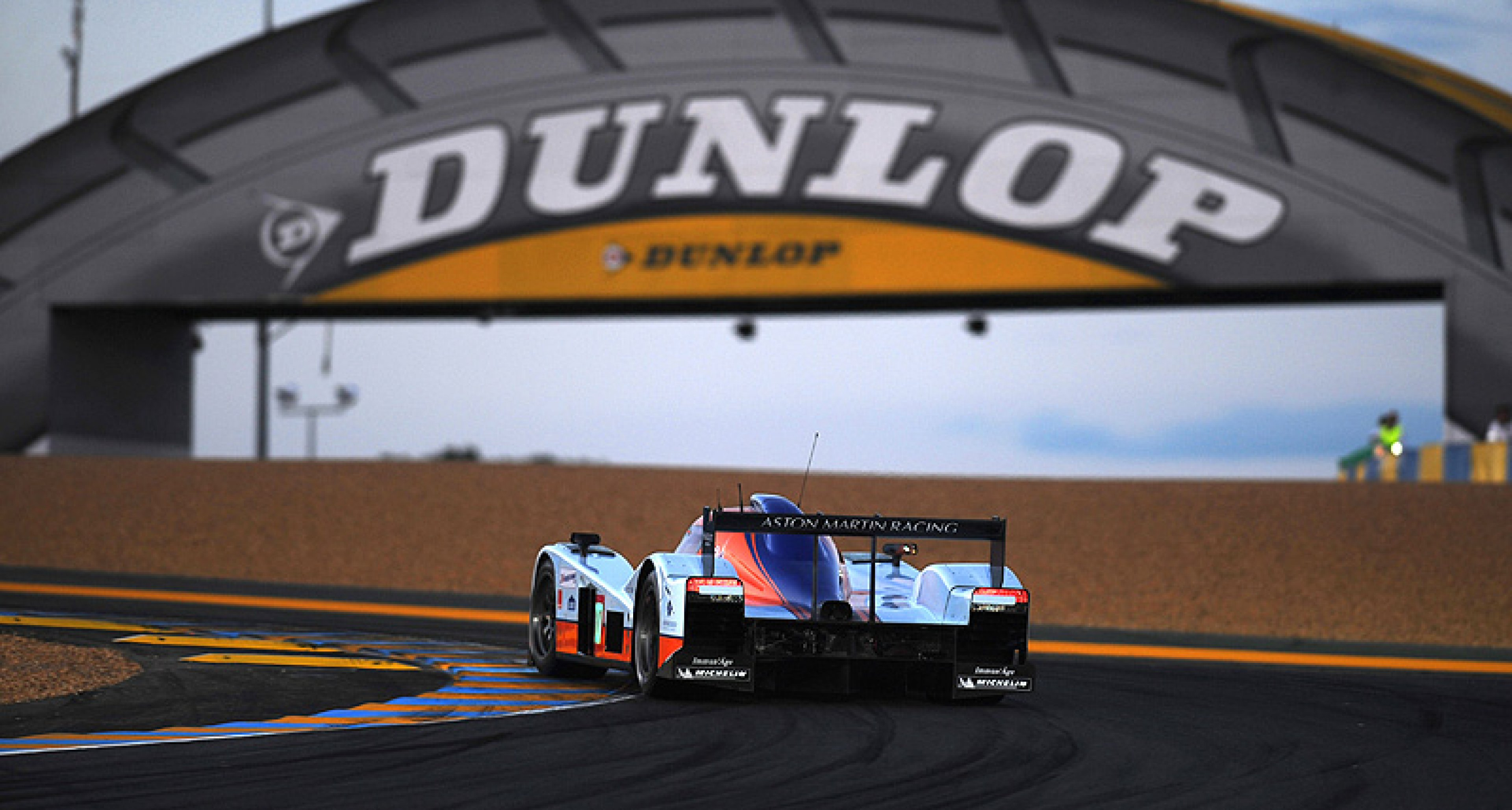 24 Heures du Mans 2010: Audi versus Peugeot