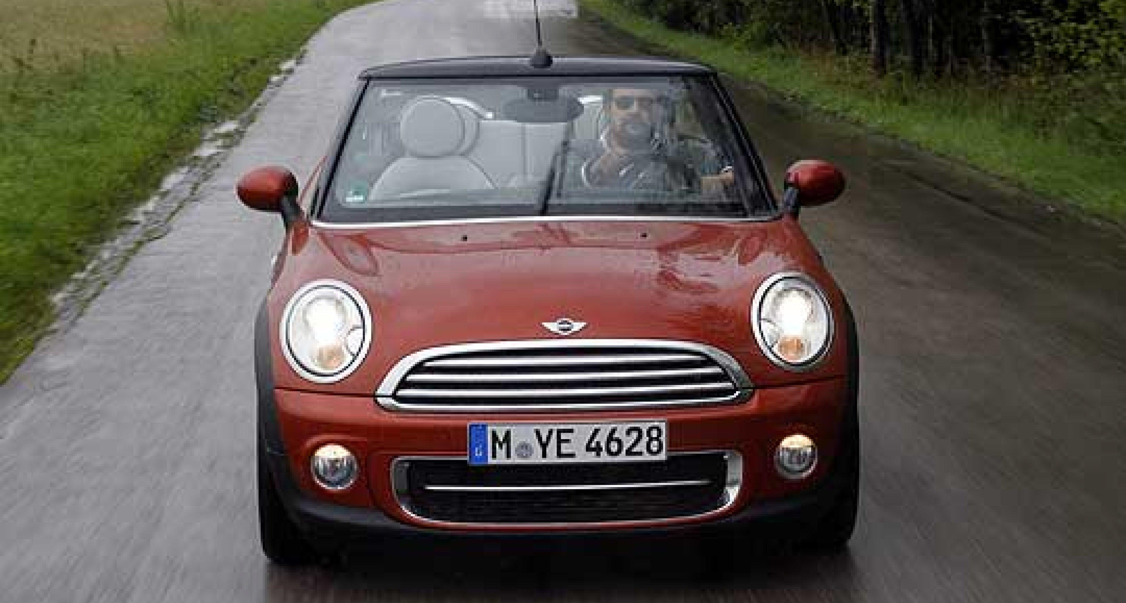 Mini Cooper D Cabrio: Diesel in the Rain