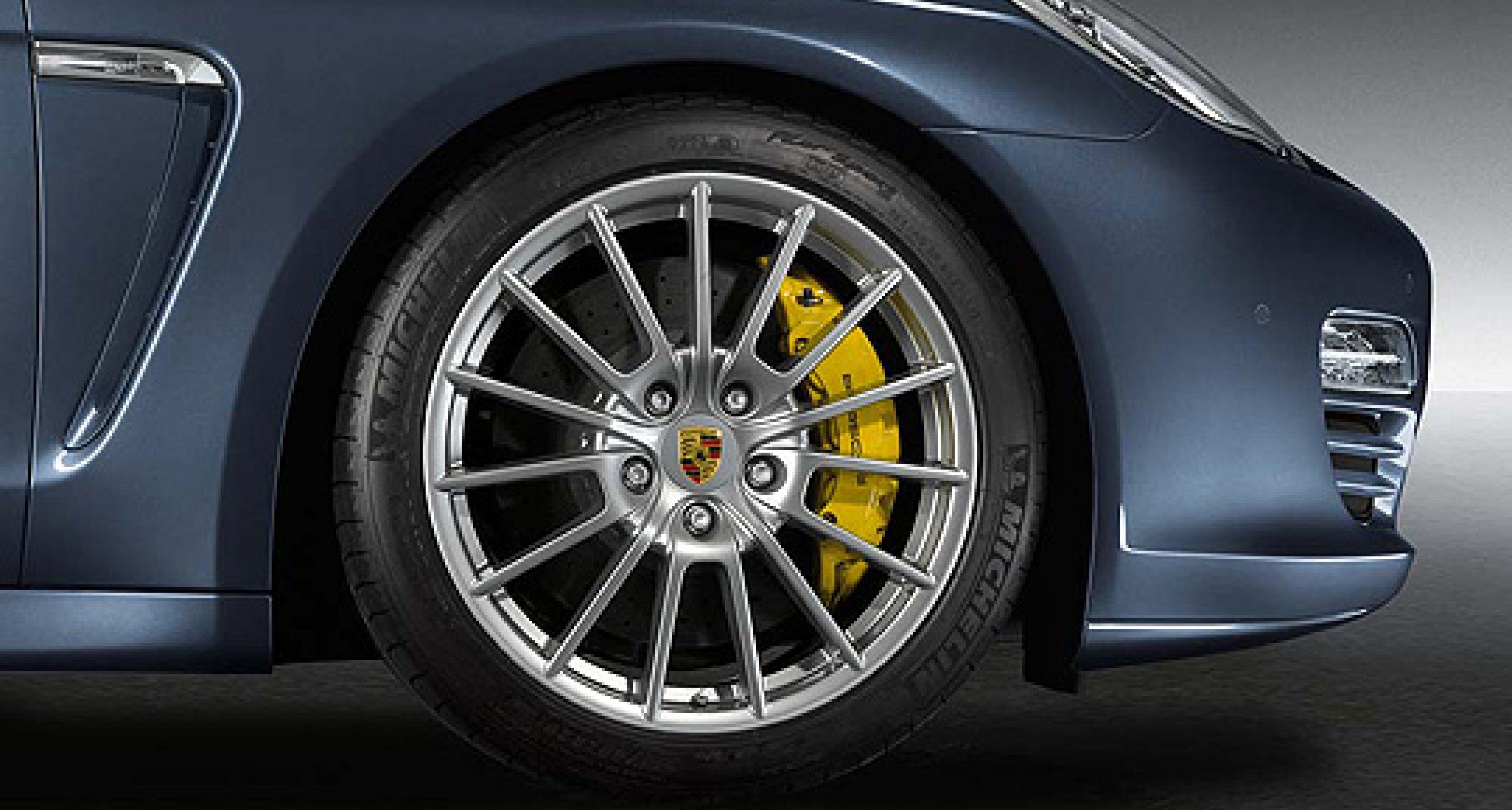 Leistungs-Plus: Porsche Panamera Turbo mit 540 PS