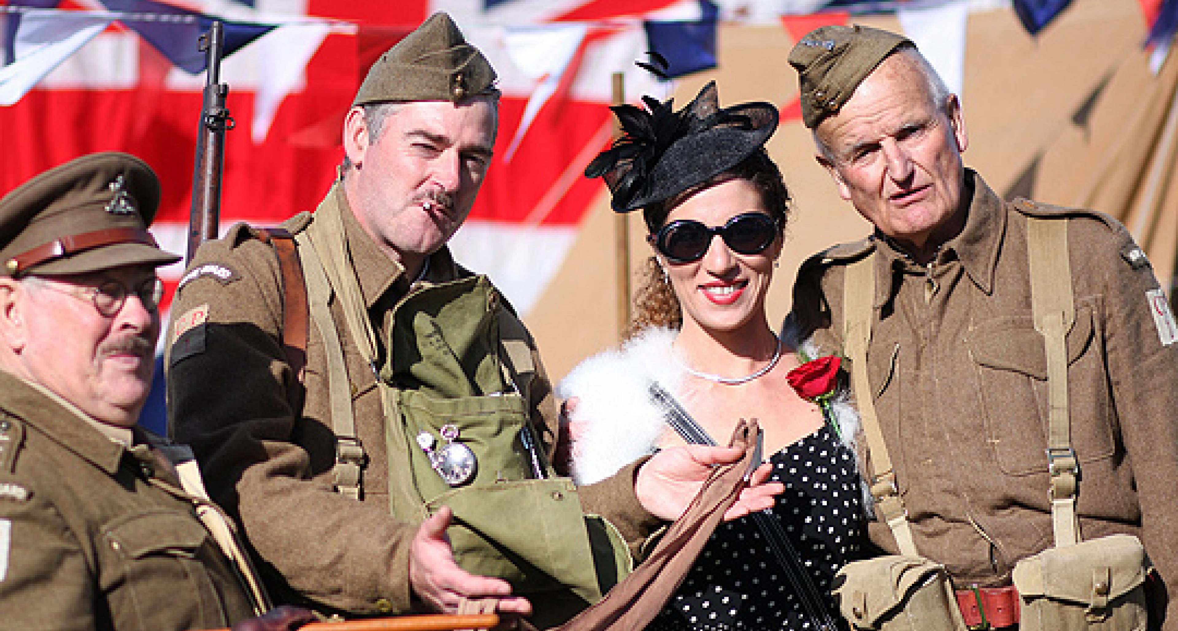 Goodwood Revival 2010: Lungern mit den Truppen verboten!