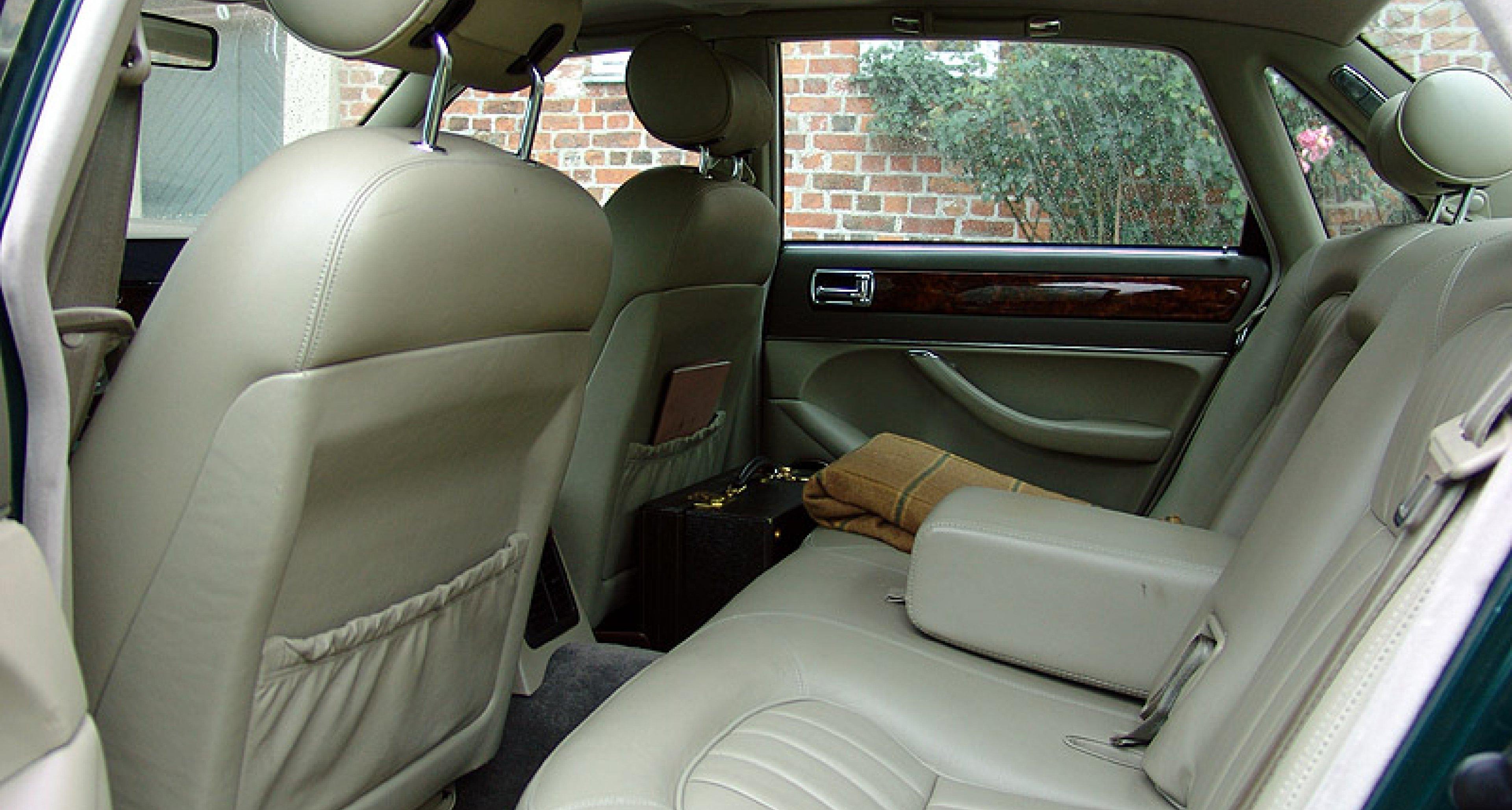 Jaguar XJ (X300)