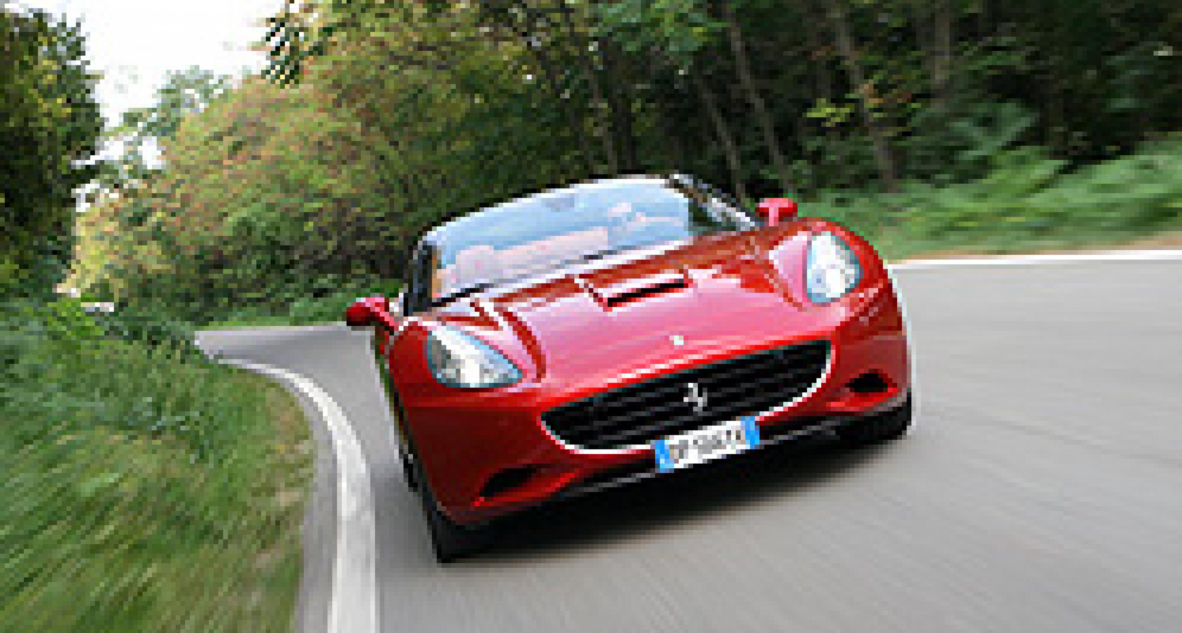 Paris 2010: Ferrari California mit Start-Stopp