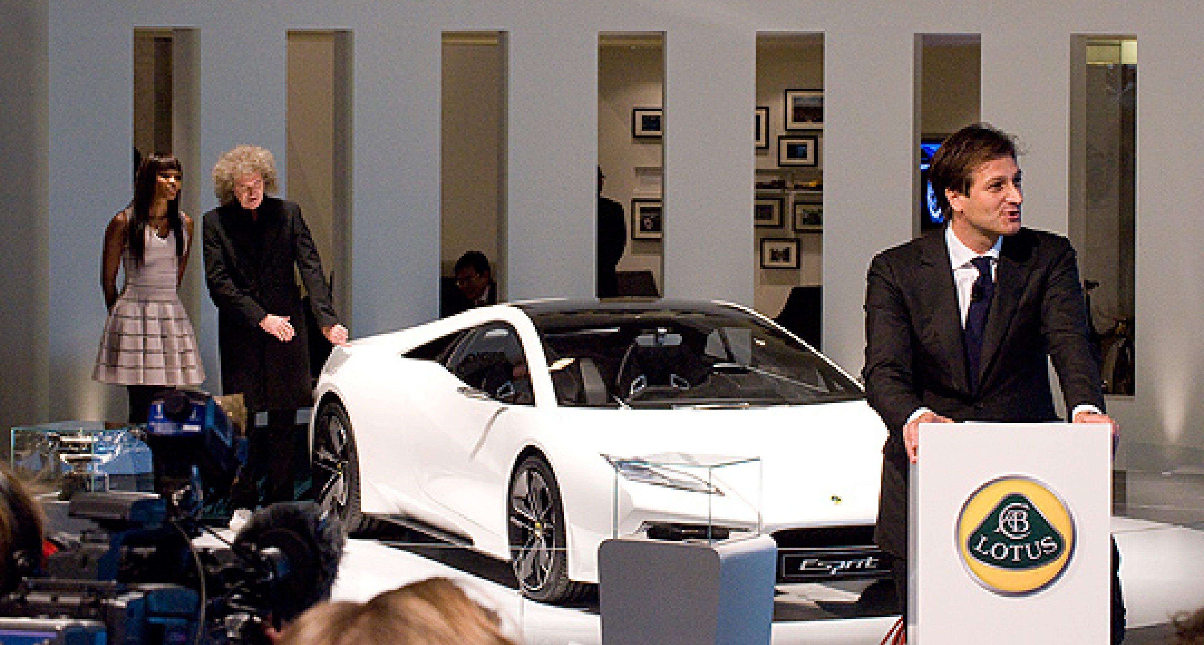 Lotus-Fünflinge auf dem Pariser Salon: Schreck lass nach!