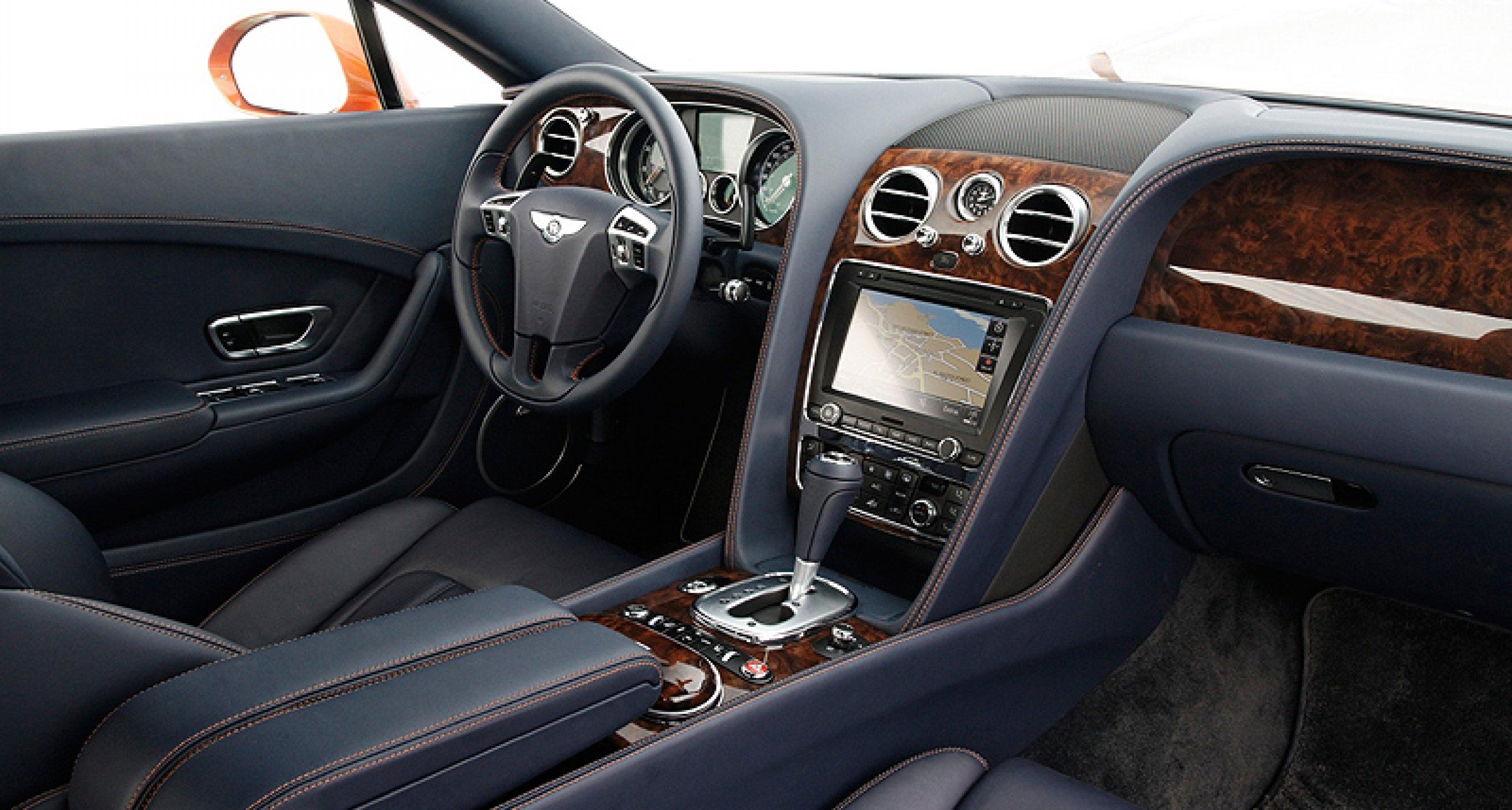 Bentley Continental GT: Die Wüste bebt