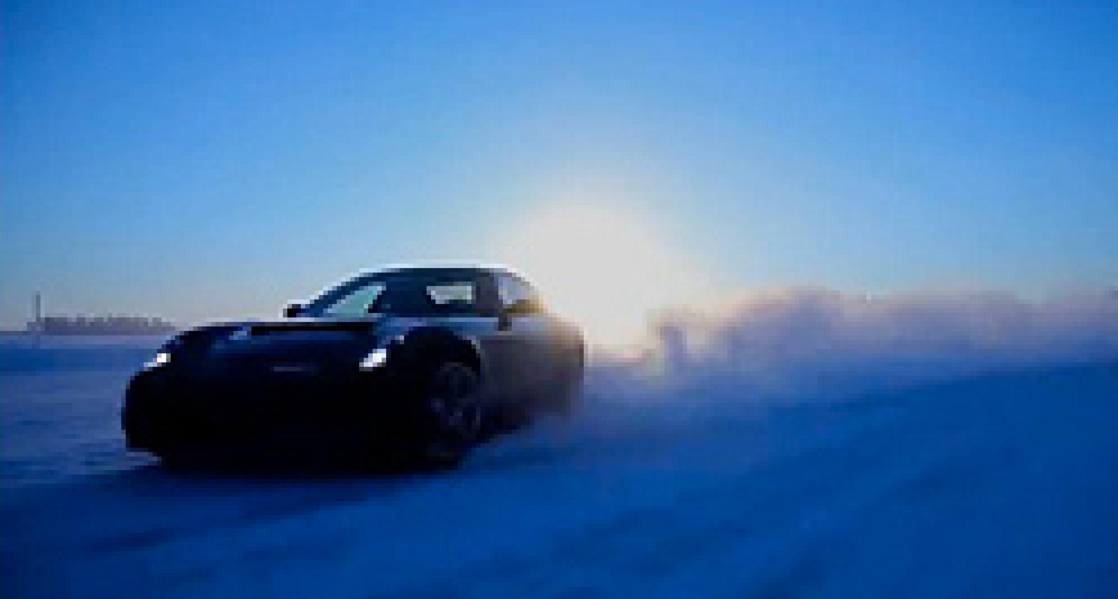 Video: Ferrari FF in High-Speed Testing
