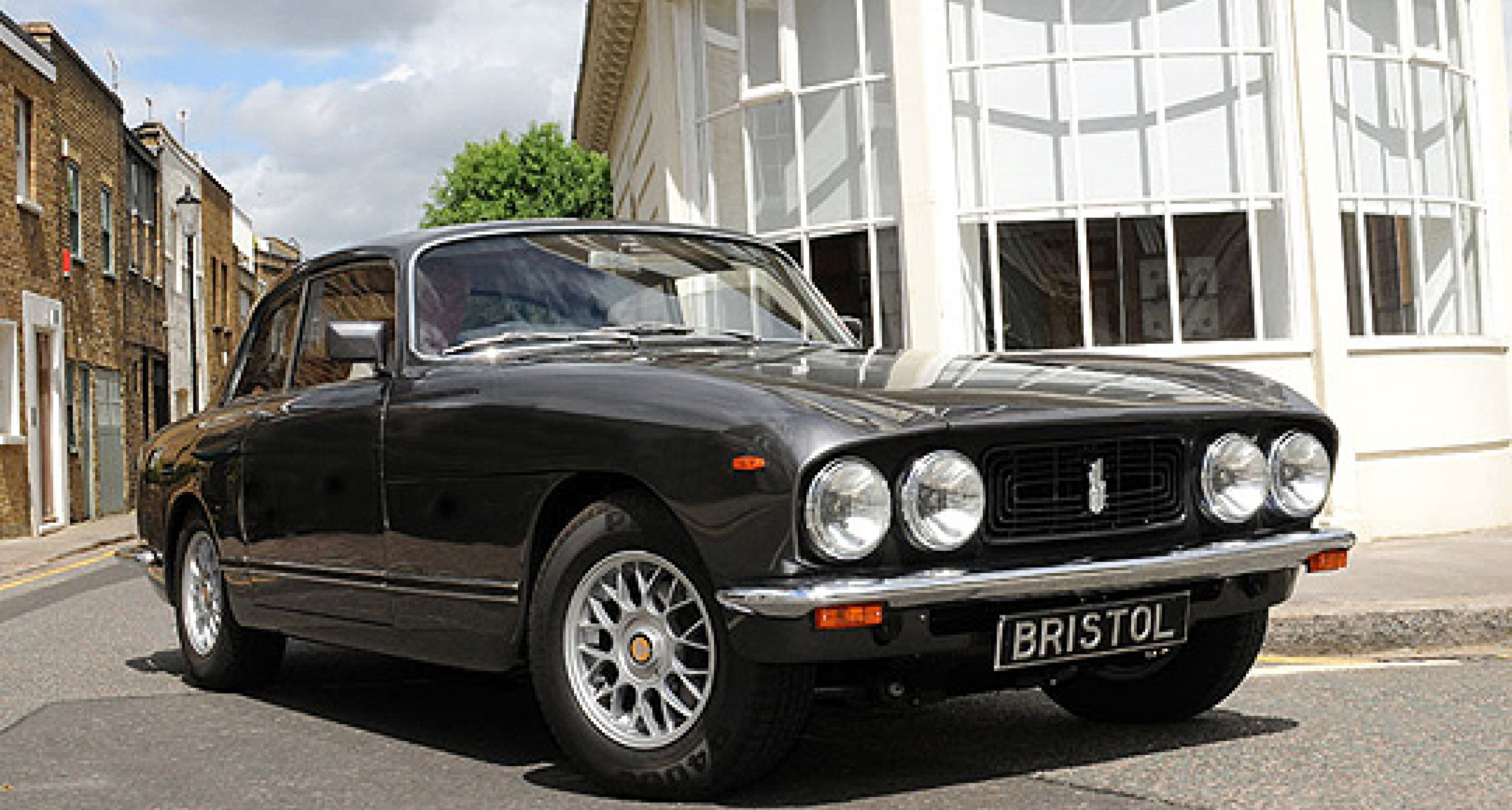 Bristol Cars Goes Into Administration