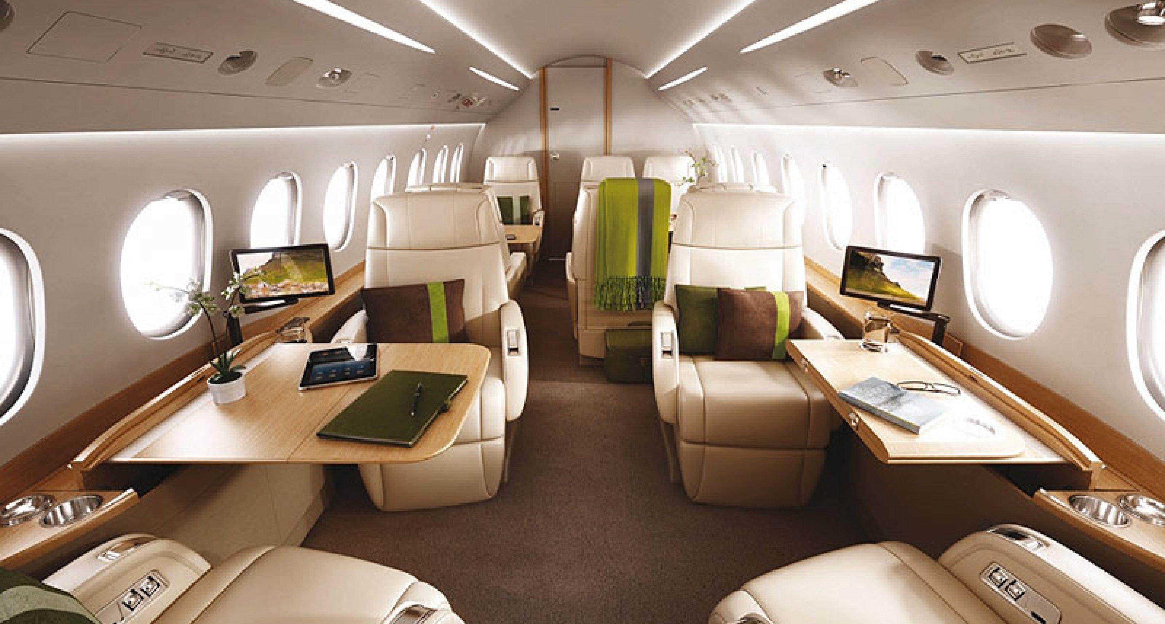Falcon 2000S Jet: Fliegender BMW
