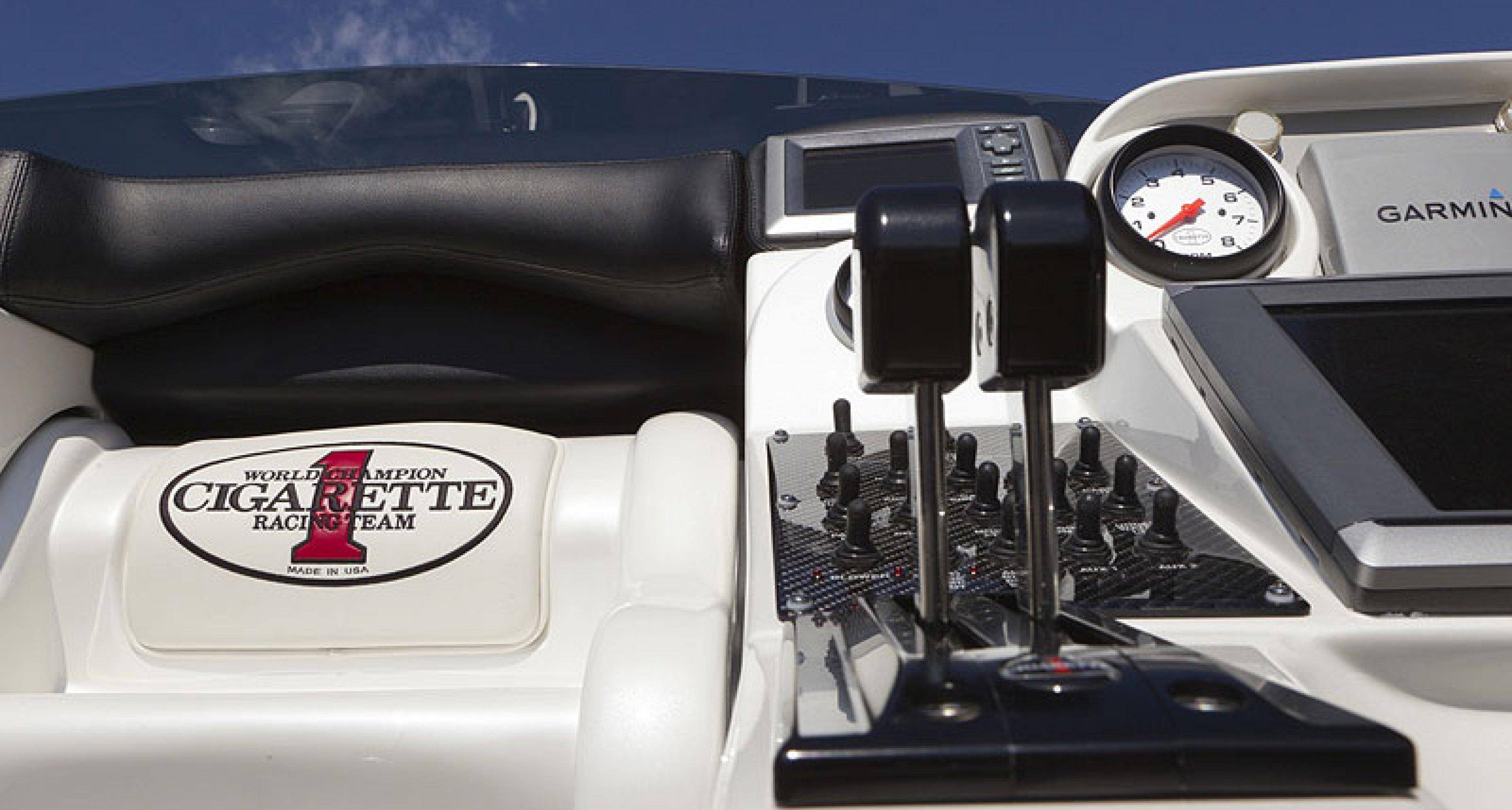 AMG Speedboat by Cigarette: Bad Boys Ahoi