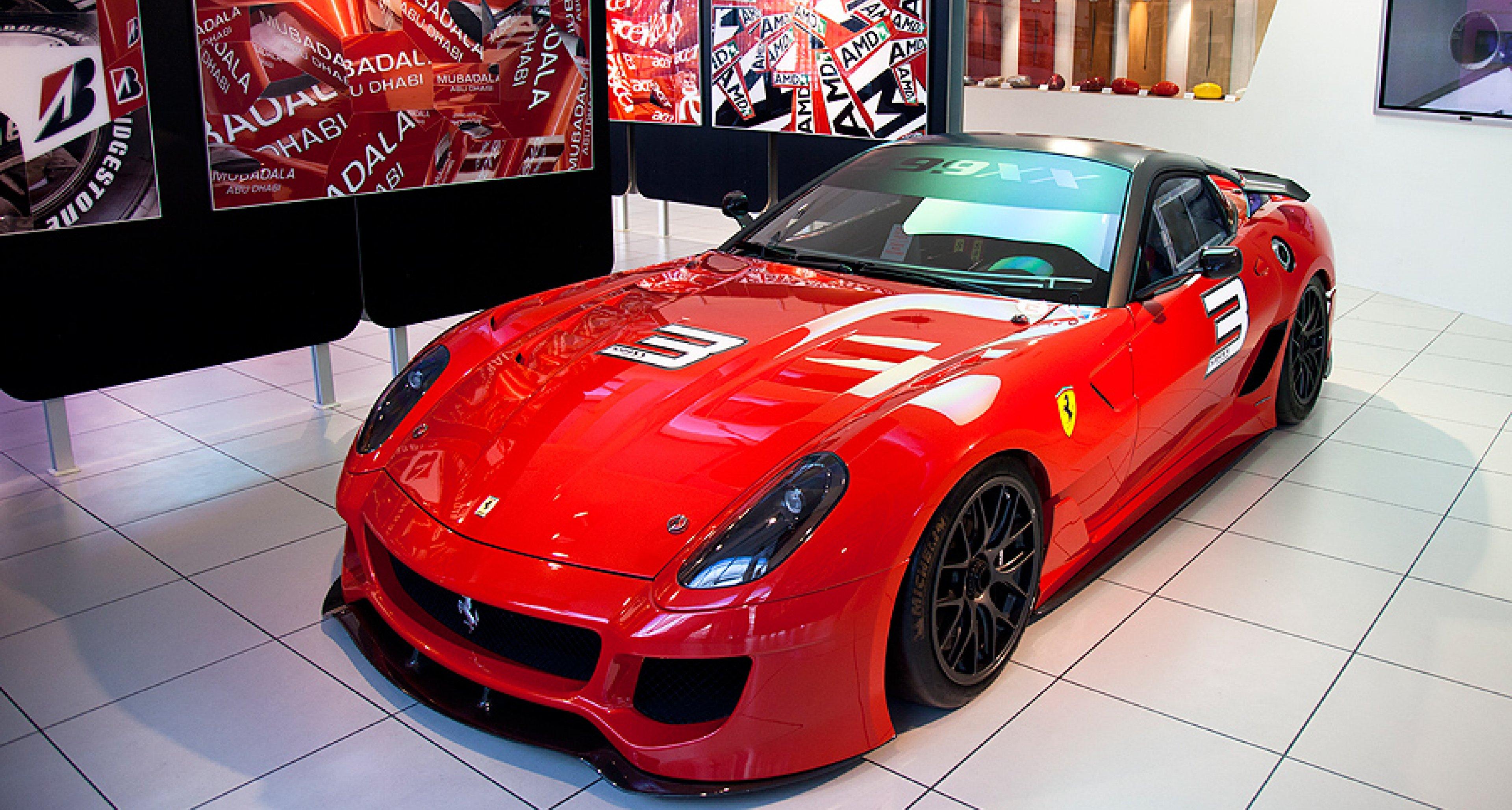 Ferrari Museum in Maranello: Tempel der Rennpferde