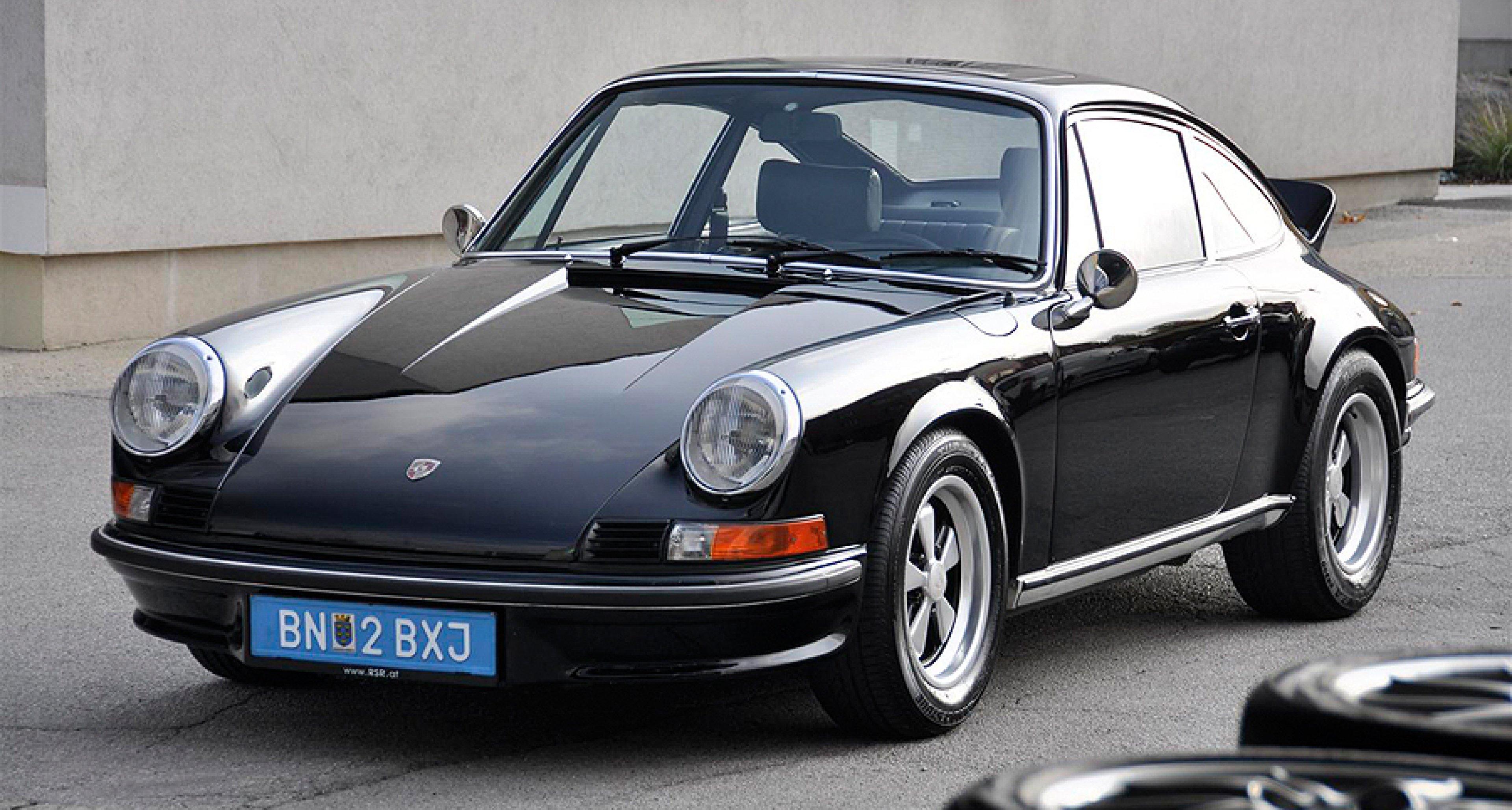 Editor's Choice: Porsche 911 Carrera RS 2.7