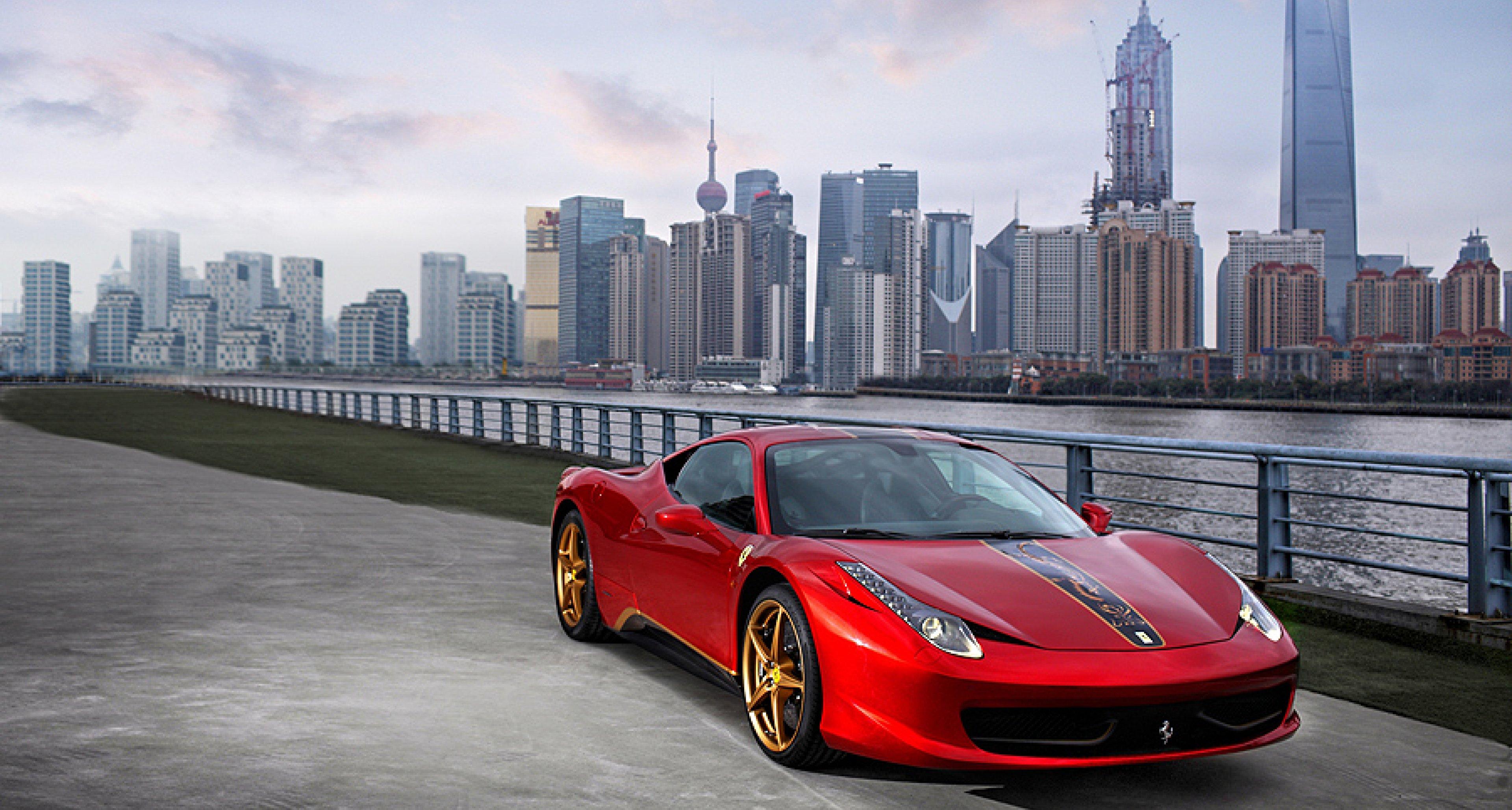 Ferrari 458 Italia China-Edition: Roter Drache