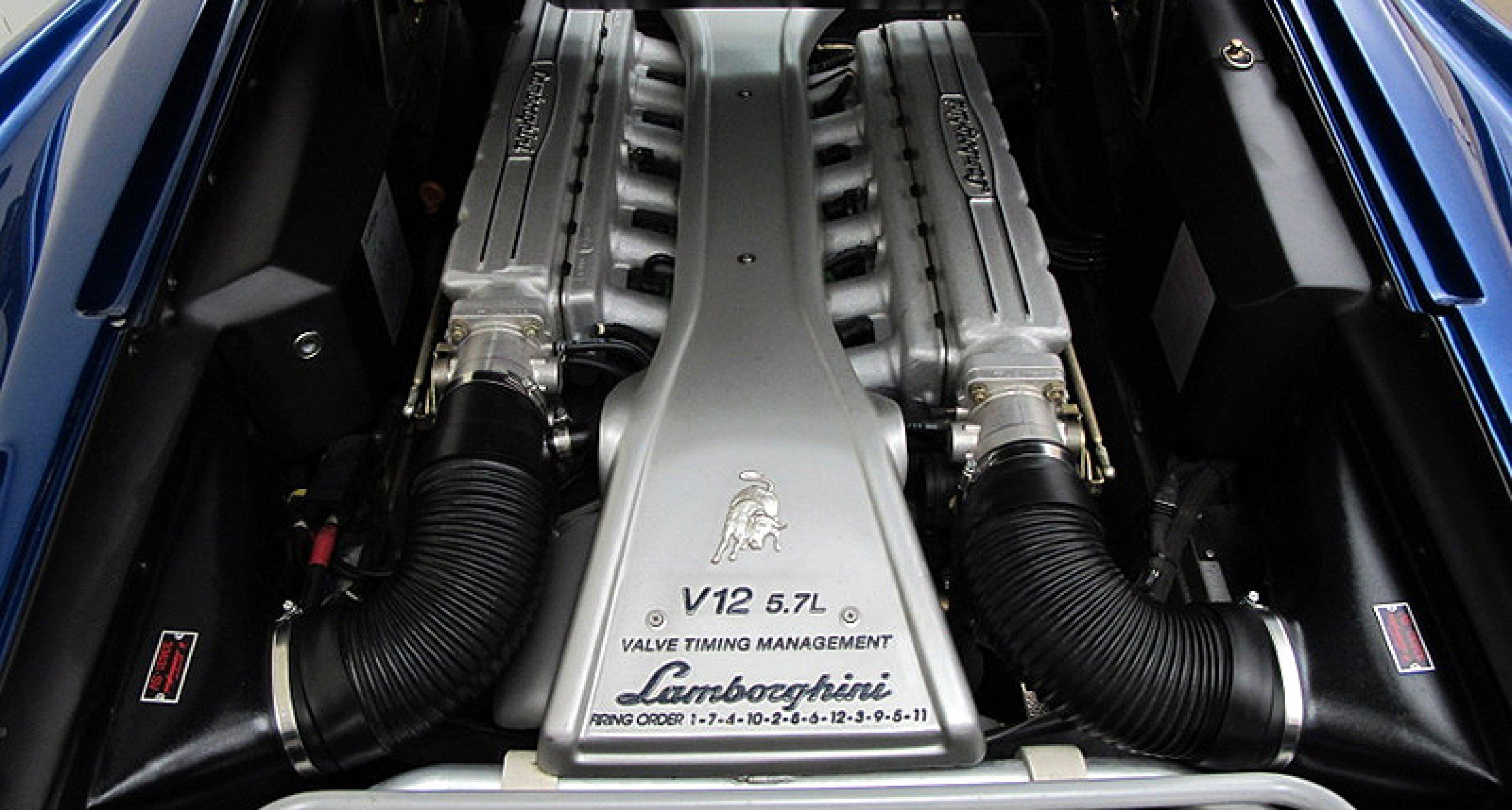 Lamborghini Diablo VT Roadster: The Devil goes Strada