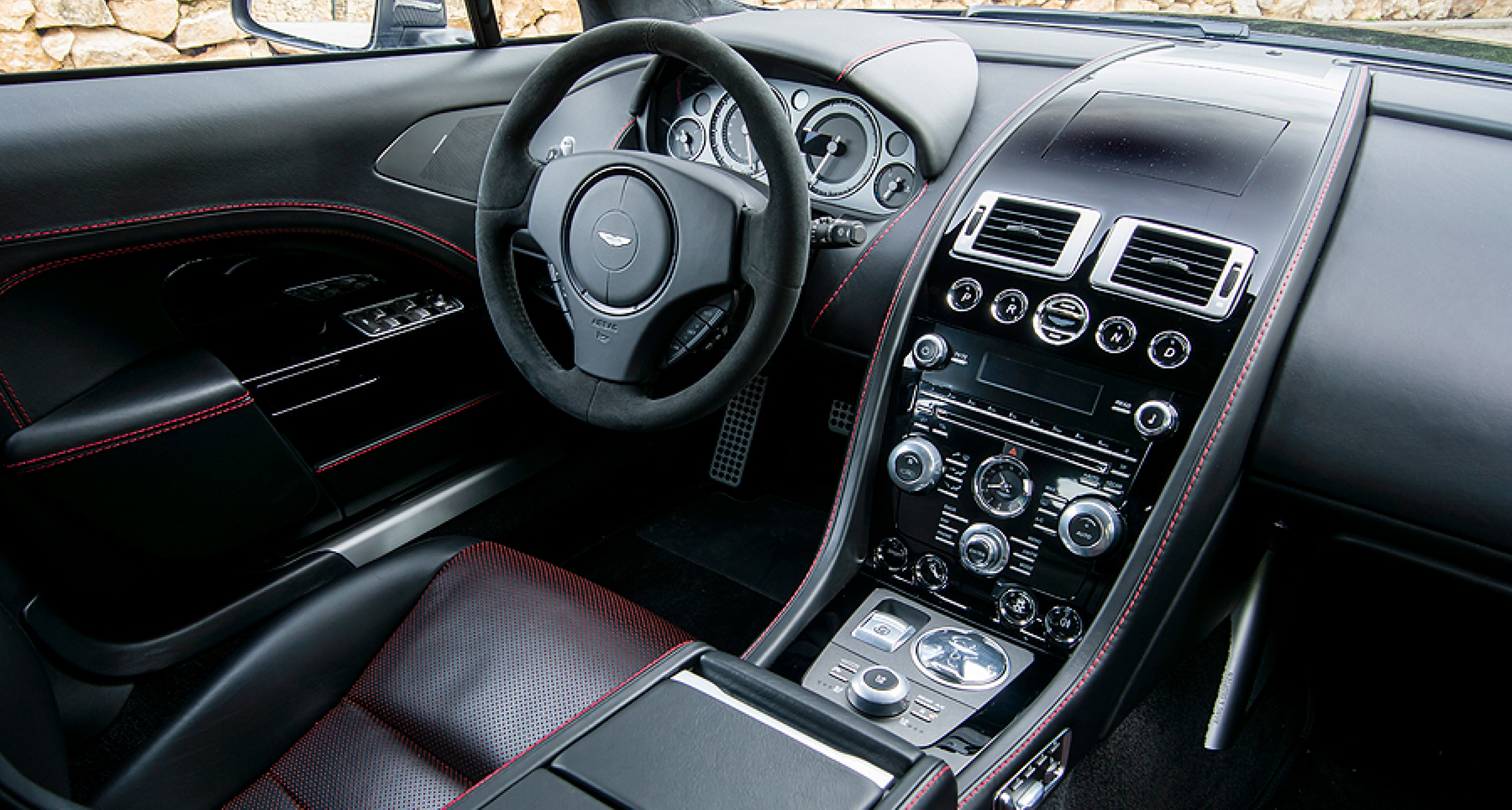 Swift Sophisticated And Stylish Driving The New Aston Martin Rapide S Classic Driver Magazine