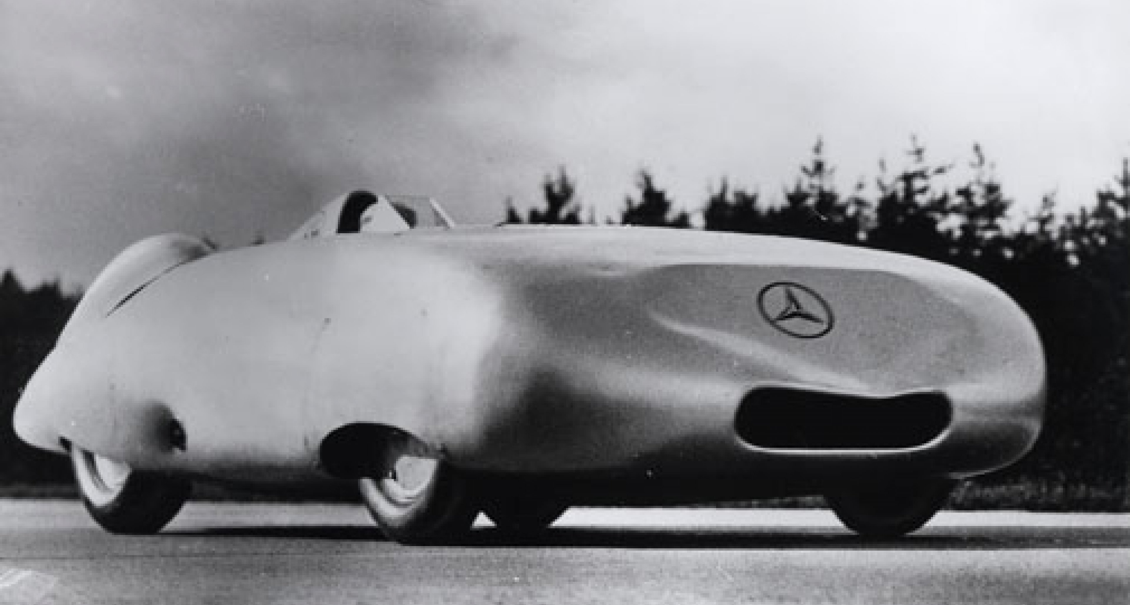 Mercedes speed record cars of the 1930s