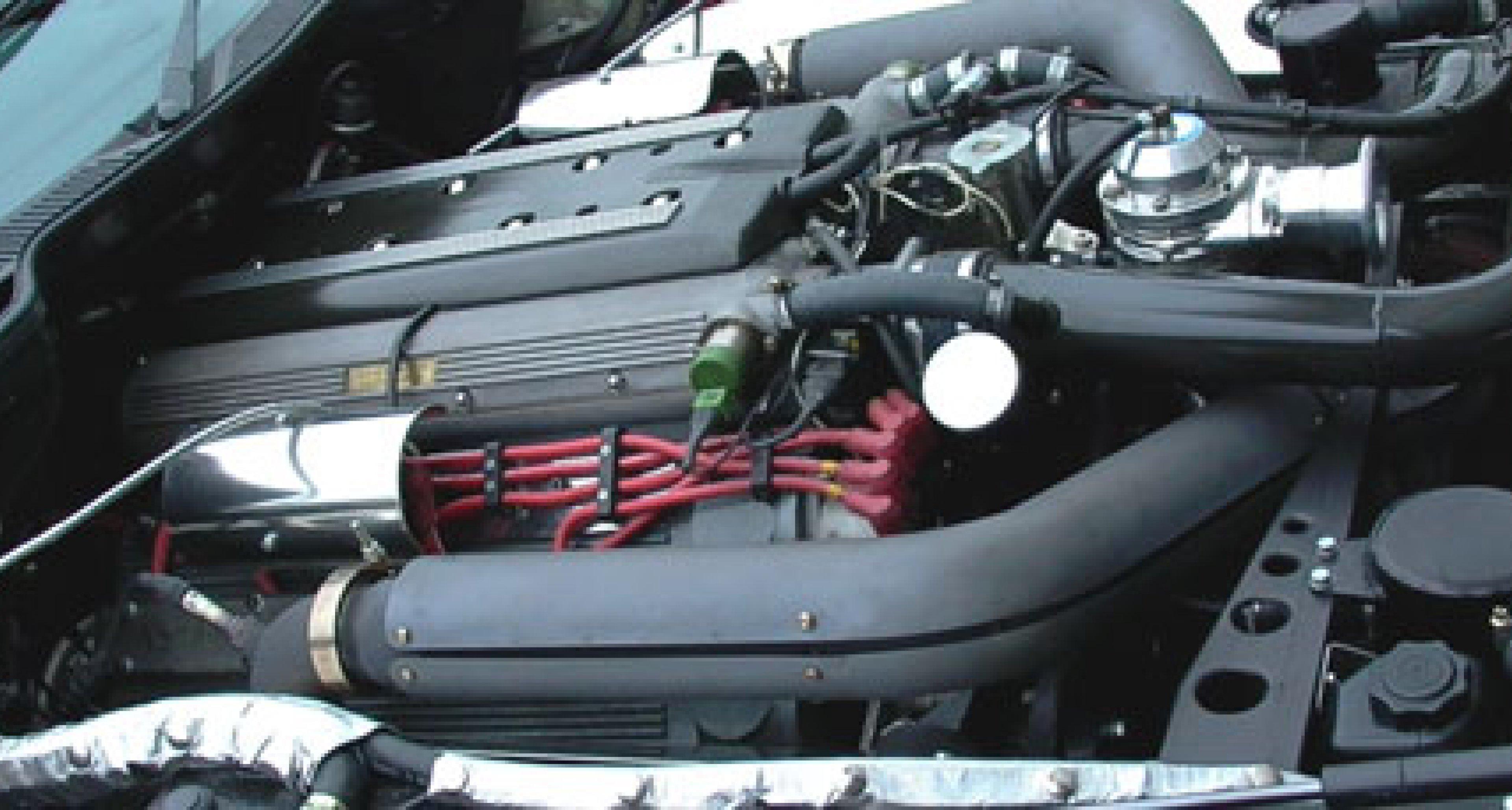 Lynx Aston Martin Virage Turbo